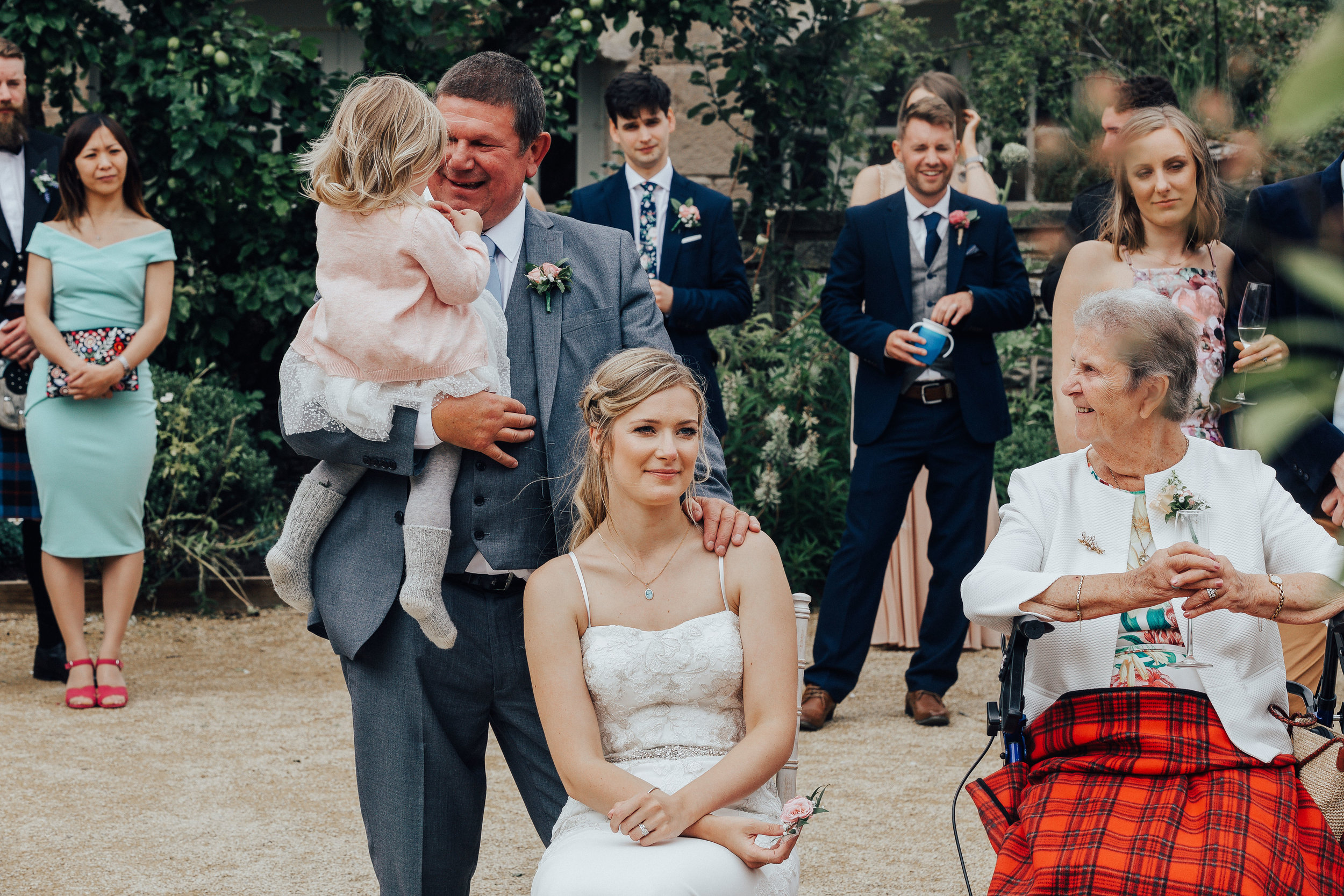 PJ_PHILLIPS_PHOTOGRAPHY_EDINBURGH_WEDDERBURN_BARNS_WEDDING_EDINBURGH_WEDDING_PHOTOGRAPHER_121.jpg