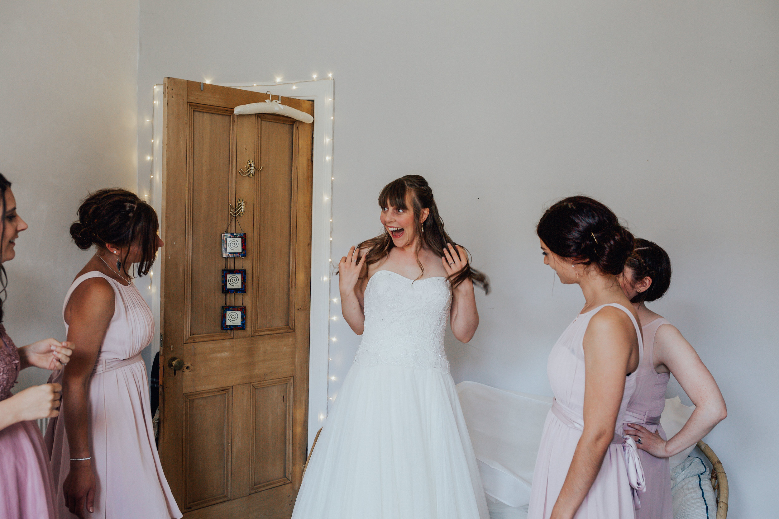 ALTERNATIVE_GLASGOW_CITY_WEDDING_PJ_PHILLIPS_PHOTOGRAPHY_WEDDING_PHOTOGRAPHY_30.jpg