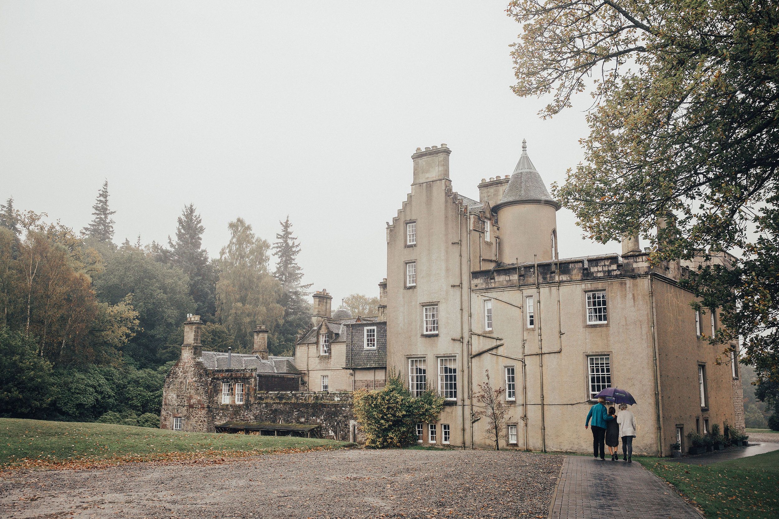 BOTURICH_CASTLE_WEDDING_PHOTOGRAPHER_PJ_PHILLIPS_PHOTOGRAPHY_23.jpg