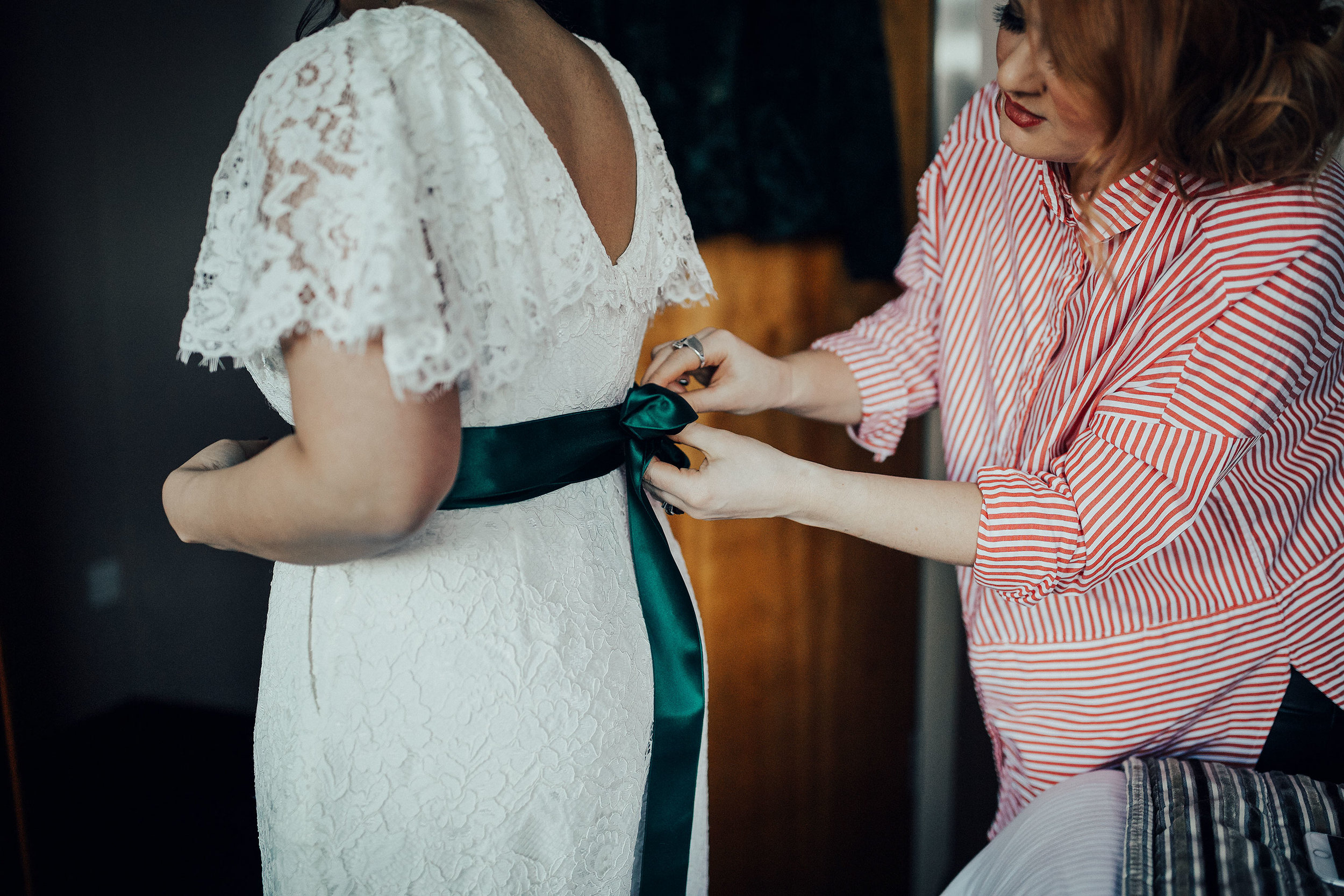 DRYGATE_WEDDING_PHOTOGRAPHER_PJ_PHILLIPS_WEDDING_PHOTOGRAPHY_15.jpg