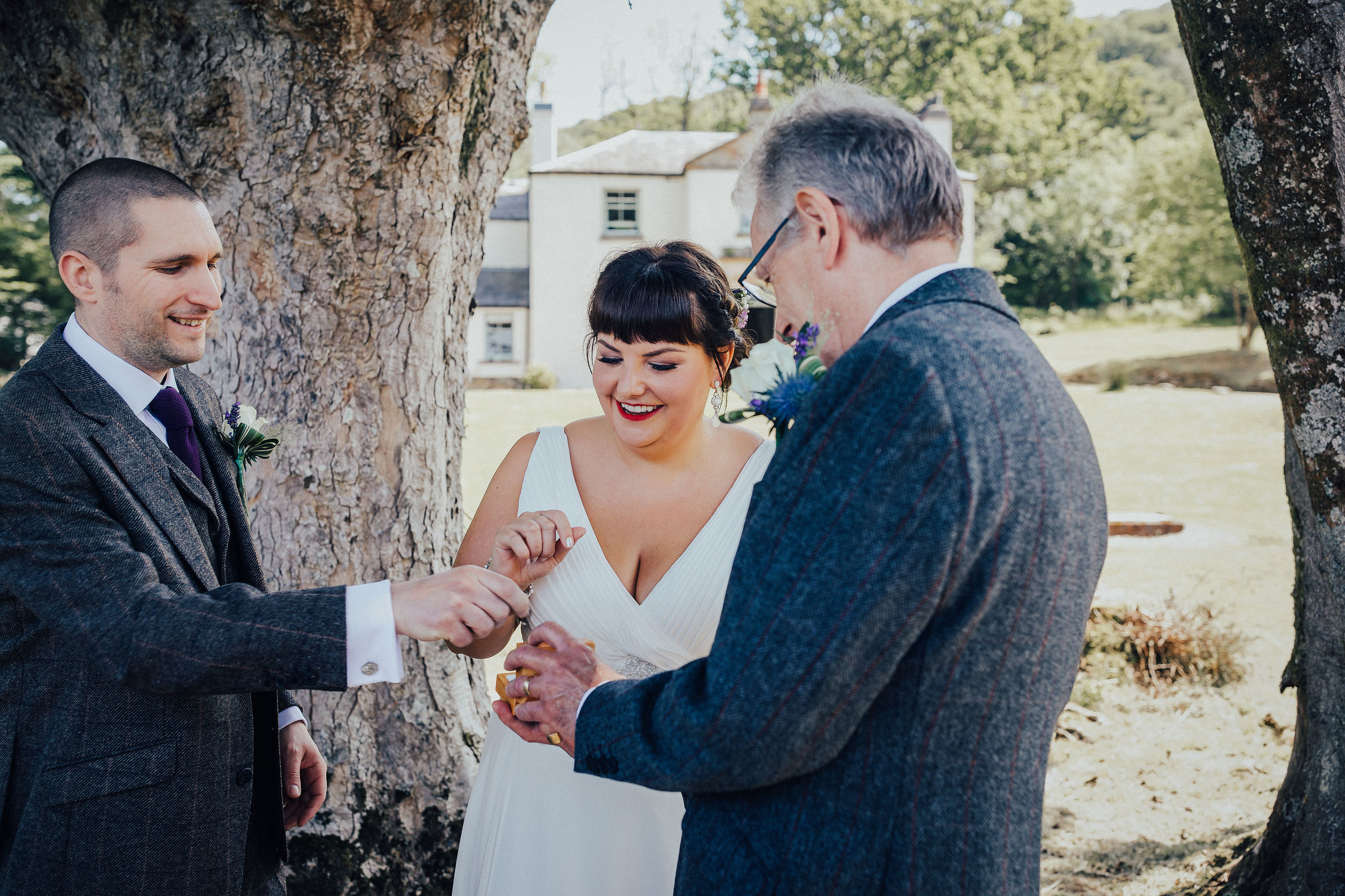 SCOTTISH_ELOPEMENT_PHOTOGRAPHER_PJ_PHILLIPS_PHOTOGRAPHY_64.jpg