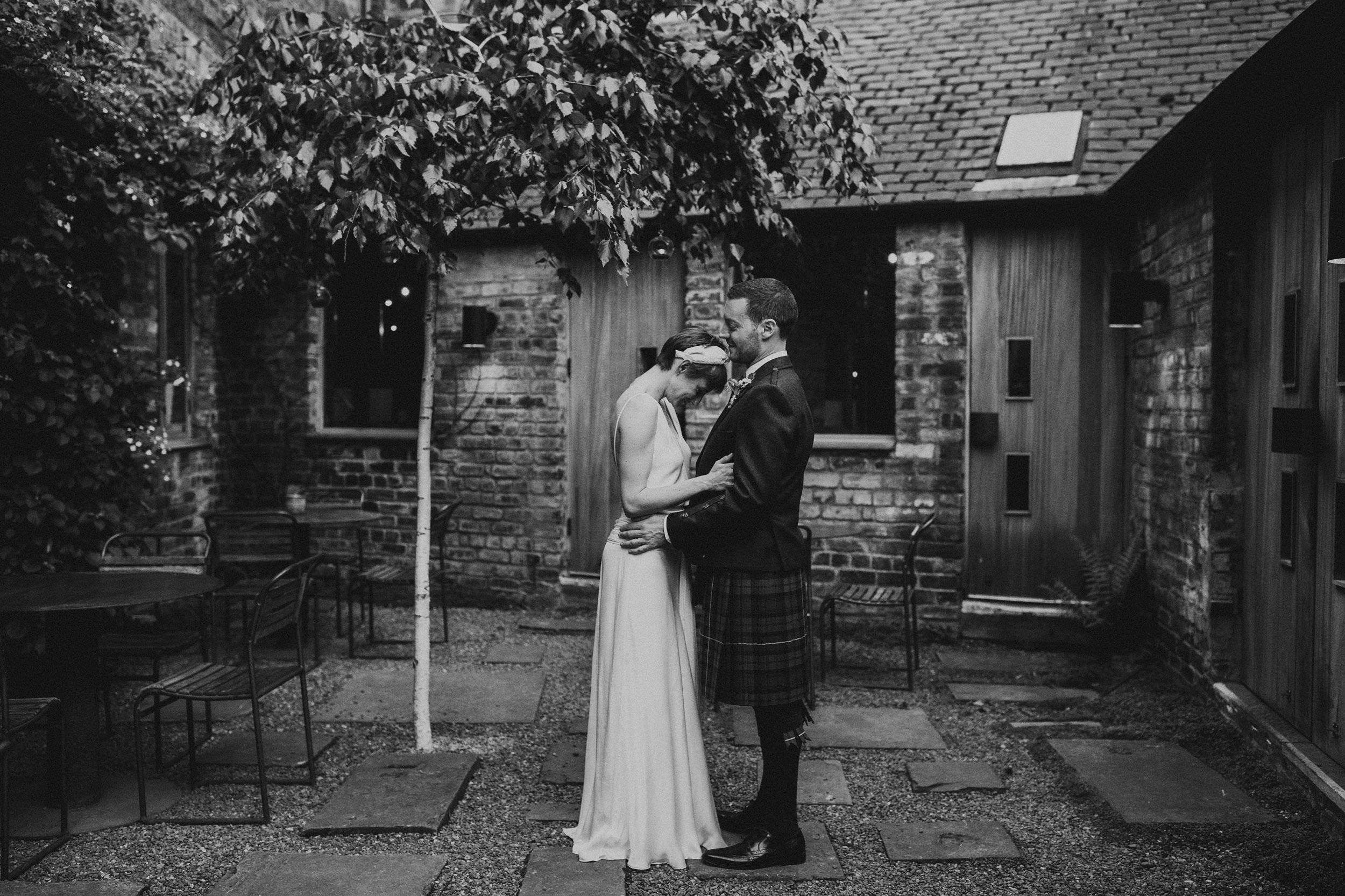 TIMBERYARD_EDINBURGH_WEDDING_PJ_PHILLIPS_PHOTOGRAPHY_206.jpg