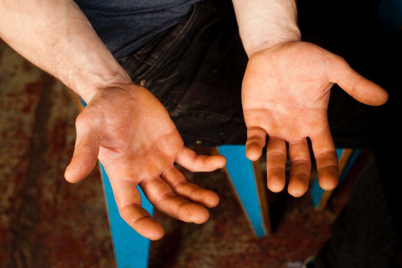Roasting Hands