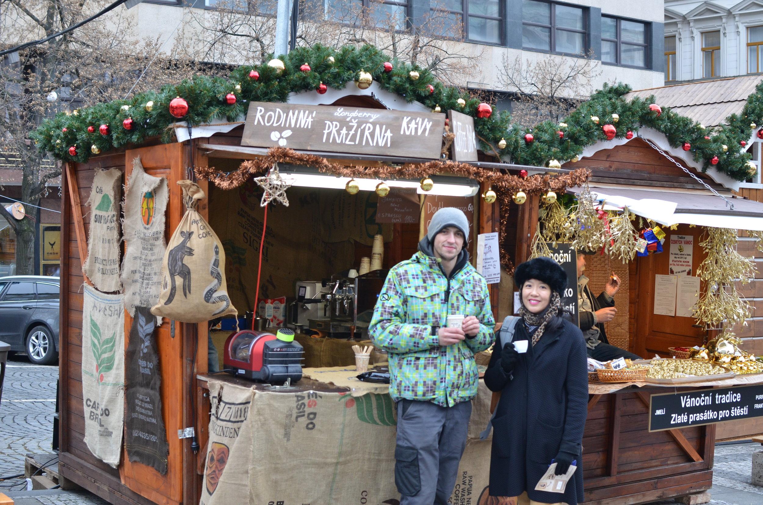 Rodinna prazirna Kavy (market coffee)