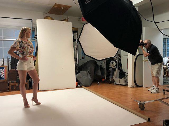 Shoot day with the lovely @_sia.sunshine_ 💖🙌🏻 and @billpersonsphotography @billshootsyourbrand @billpersons . . . . #makeuplife #beautymakeup #model #modelshoot #studio #studiophotography #studiophotoshoot #mua #makeupartist #njmua #newjerseymua #newjerseymakeupartist #njmakeupartist #beautymakeup #beauty #makeuplife #makeupjob #bts #behindthescenes