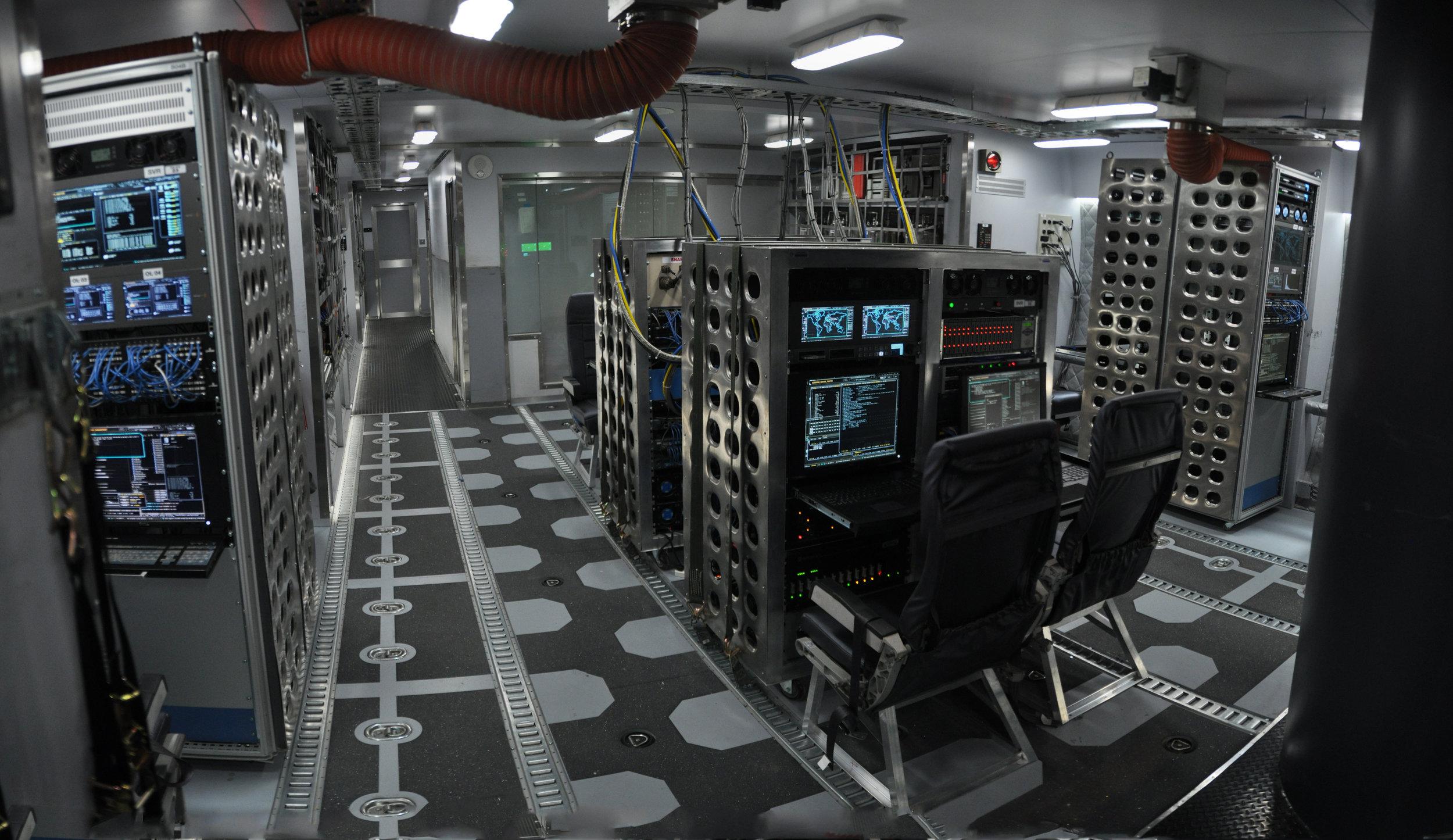 CipherJet_CargoHold_Pan2.jpg