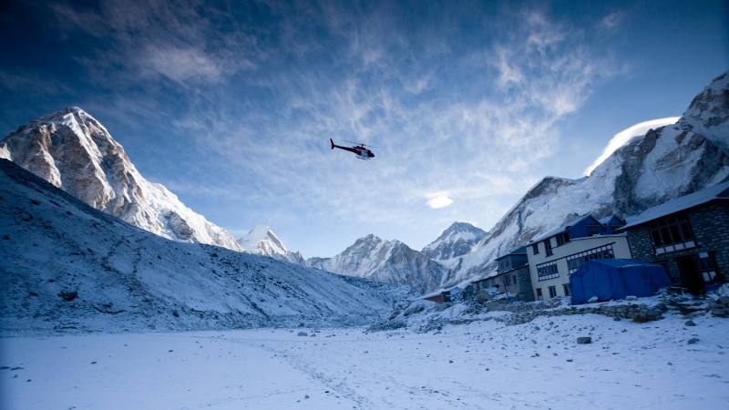 The High-Risk Flights That Could Save Lives on Everest