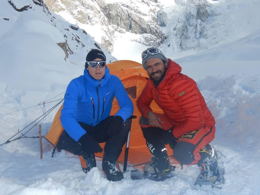 Rescuers search for Tom Ballard and Daniele Nardi on Nanga Parbat