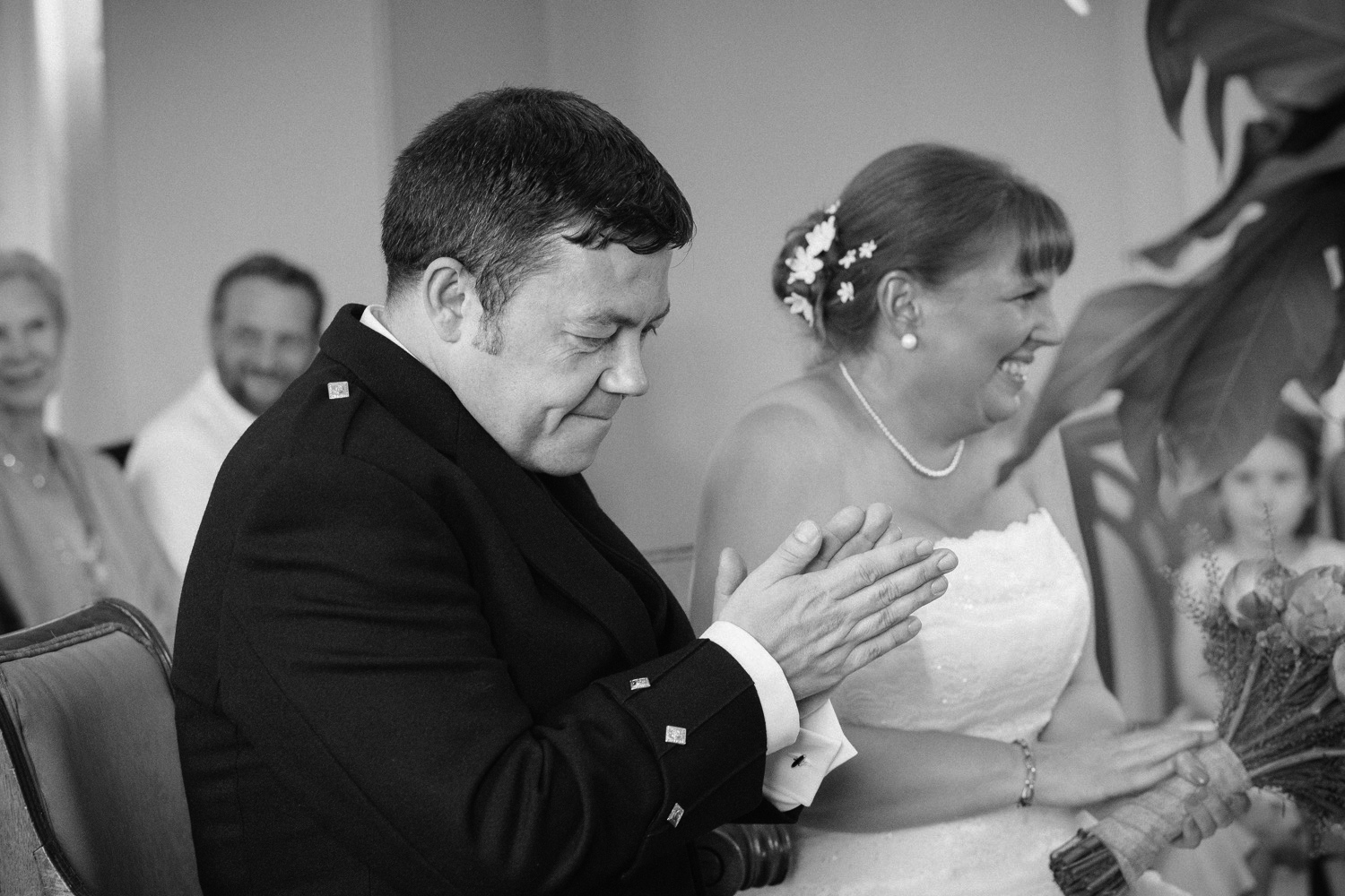Mr and Mrs Robson-507.jpg