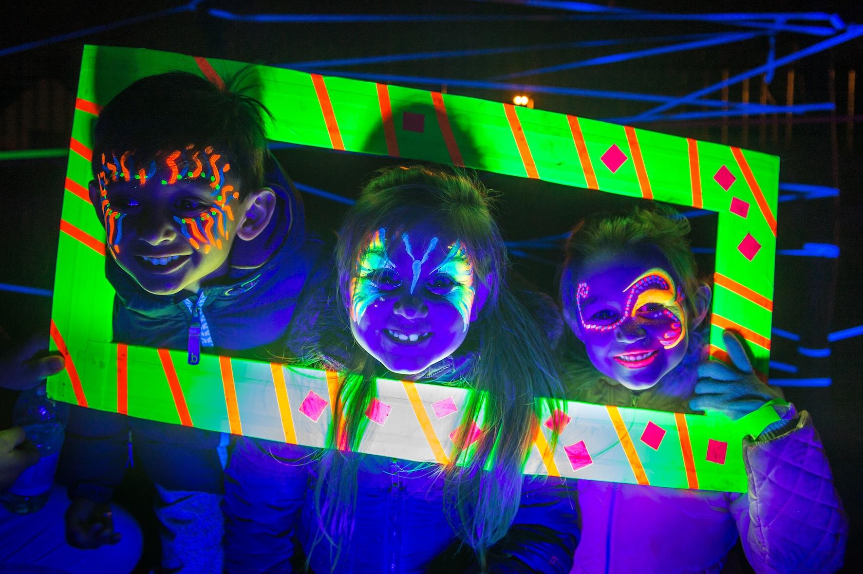 GLOW_Neon Garden 3_Mark Sepple.jpg