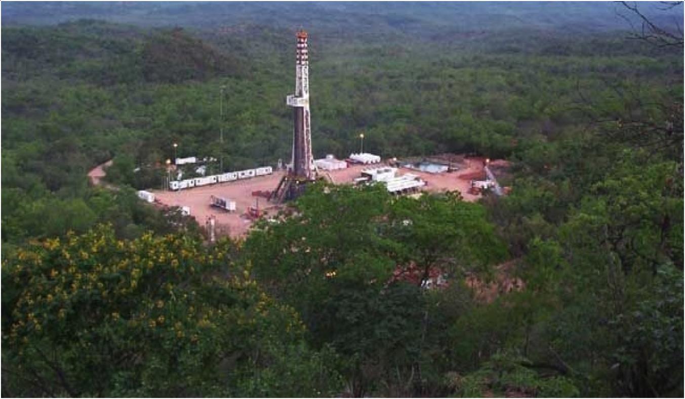 DrillingRigParaguayForest.png