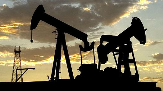 2wells_oil_production_maracaibo.jpg