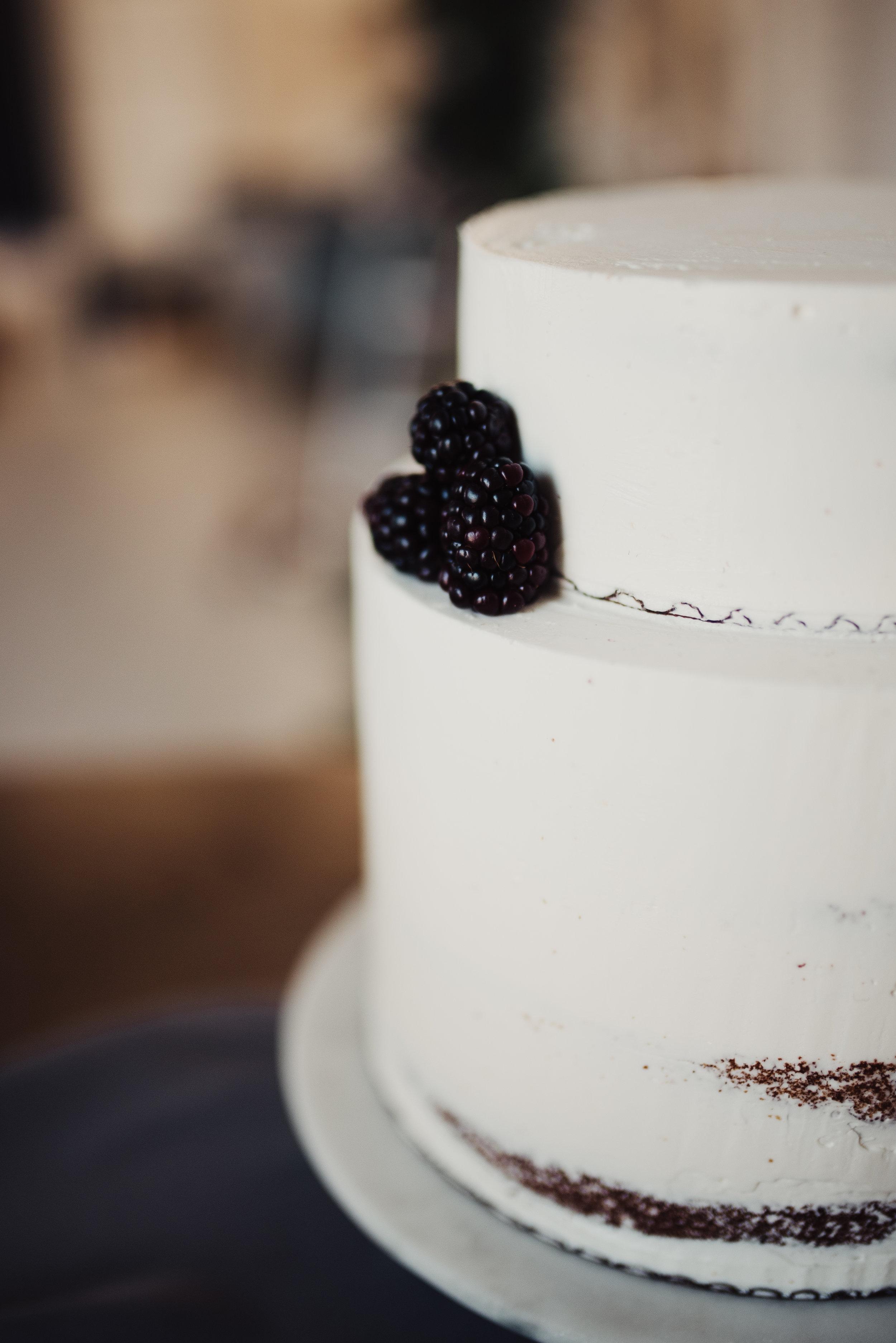 blackberry-half-naked-wedding-cake.jpg