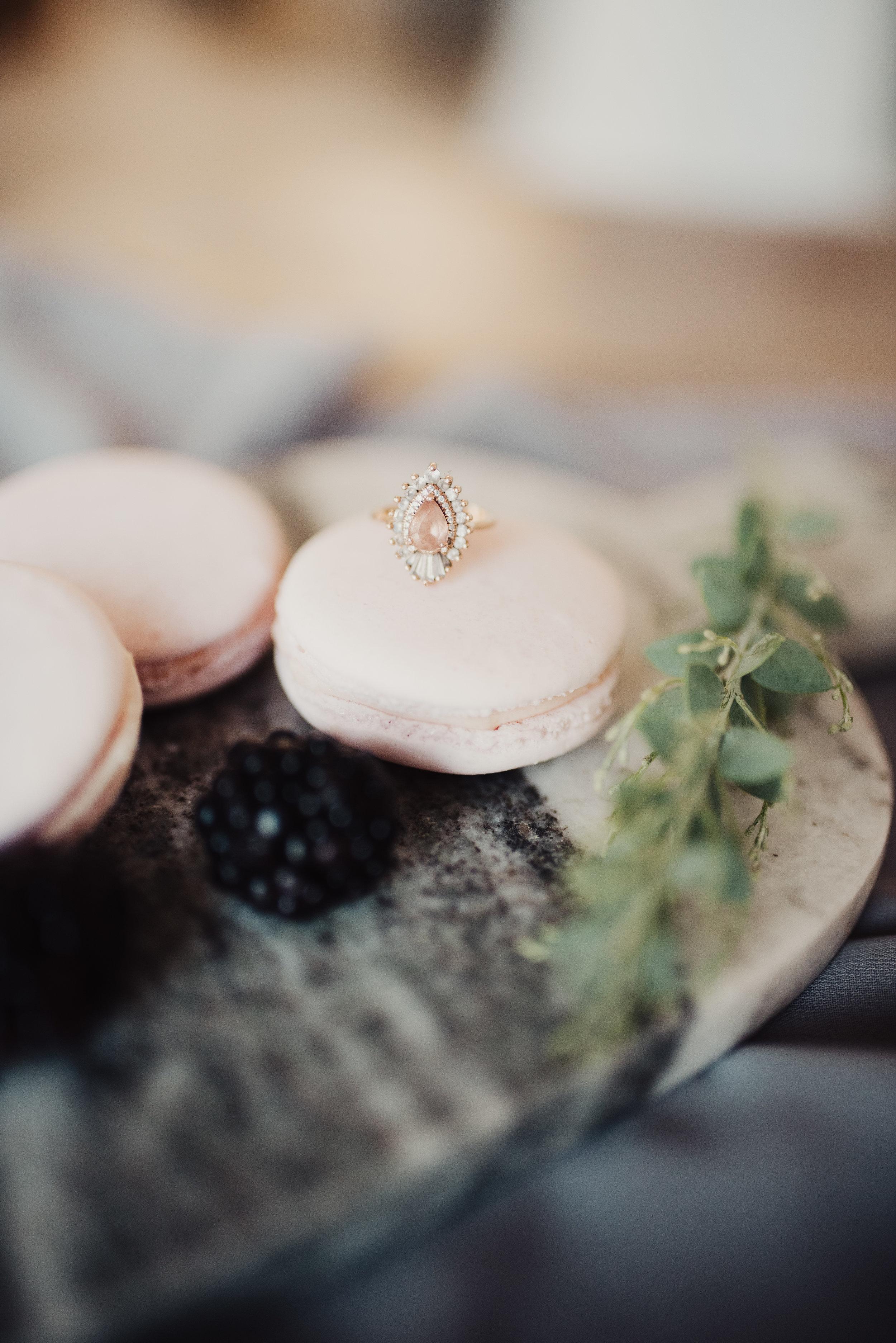 heidi-gibson-wedding-ring-macaroon.jpg