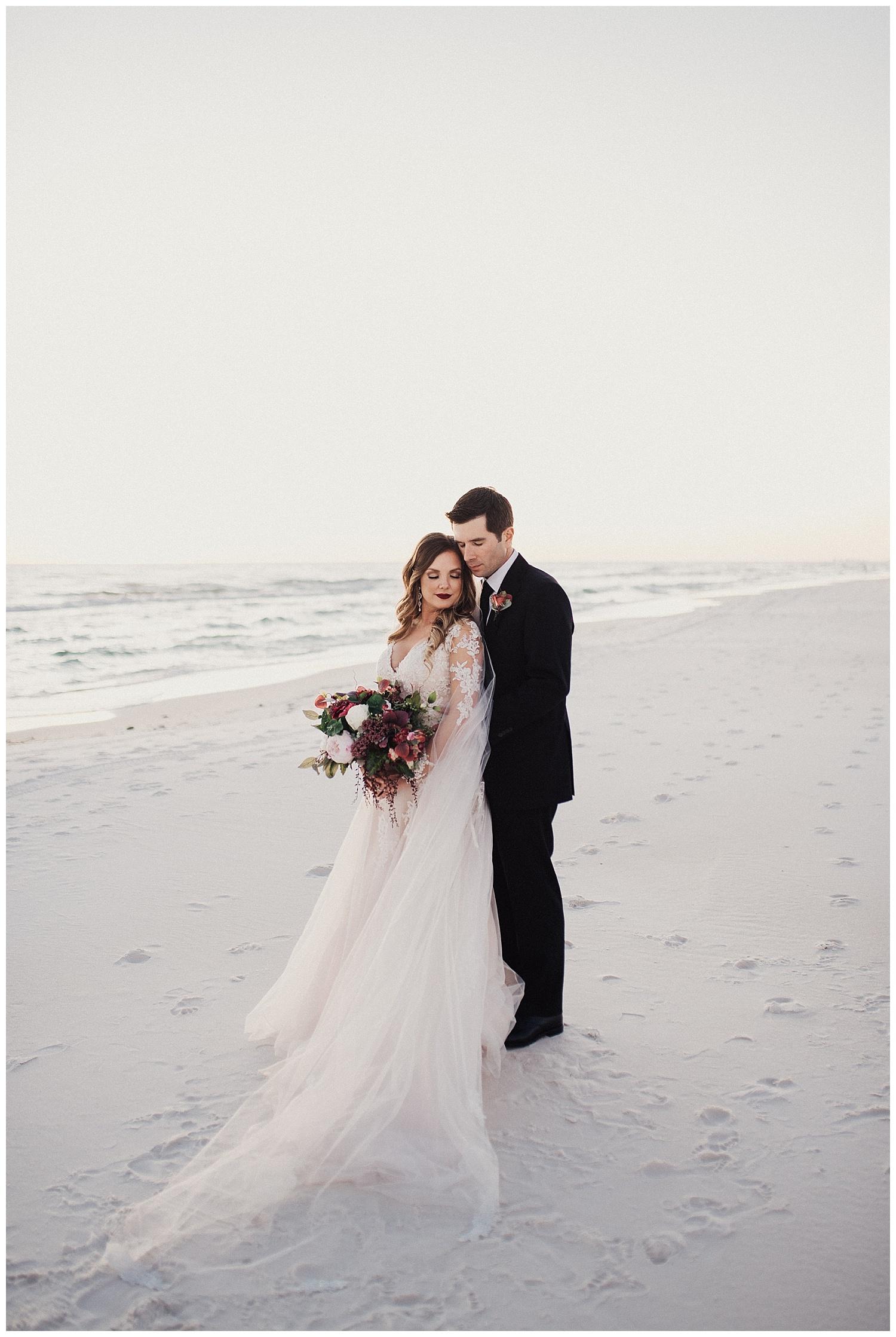 Beach wedding in Florida