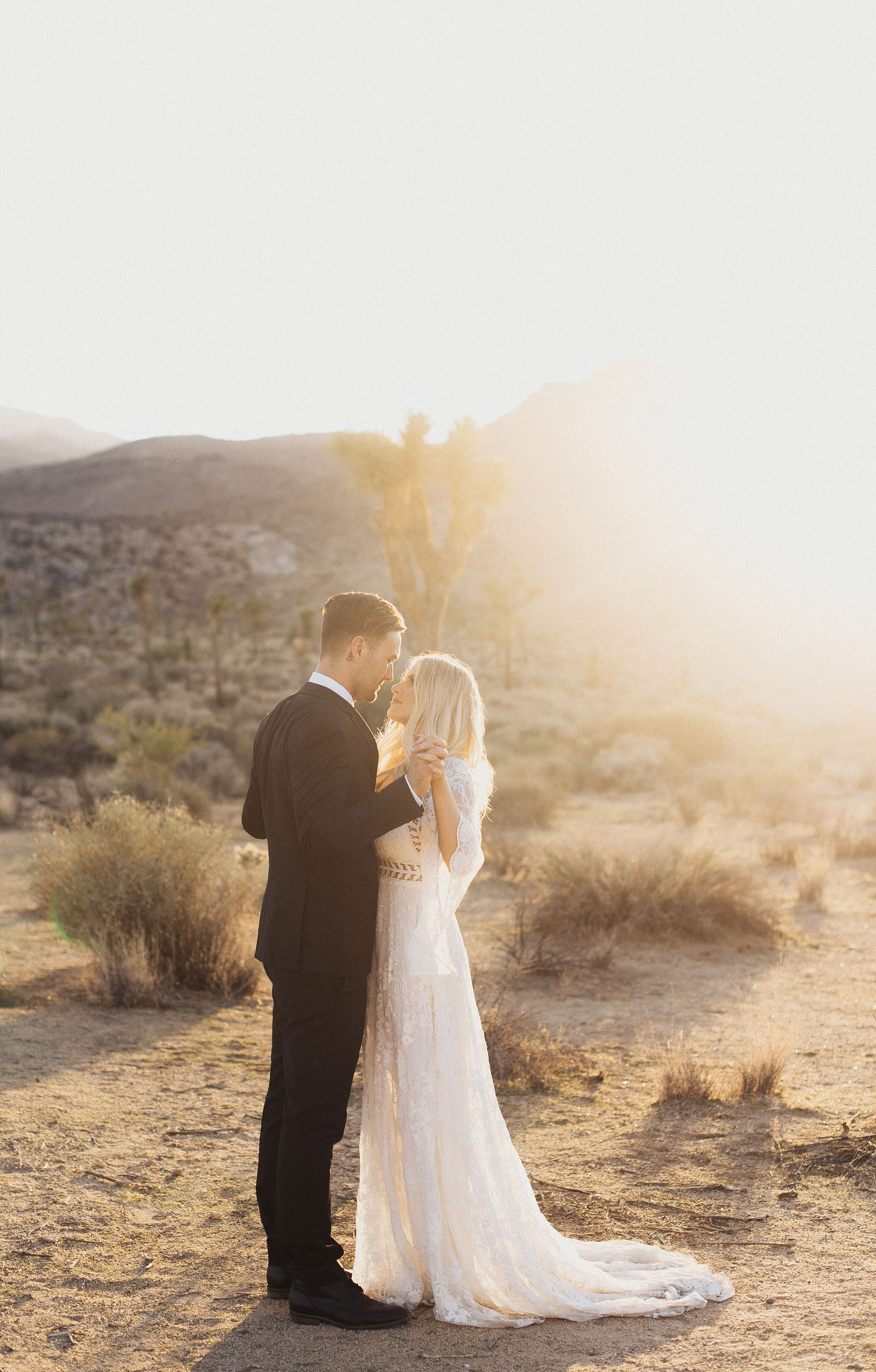 cactus-moon-retreat-wedding_4154.jpg
