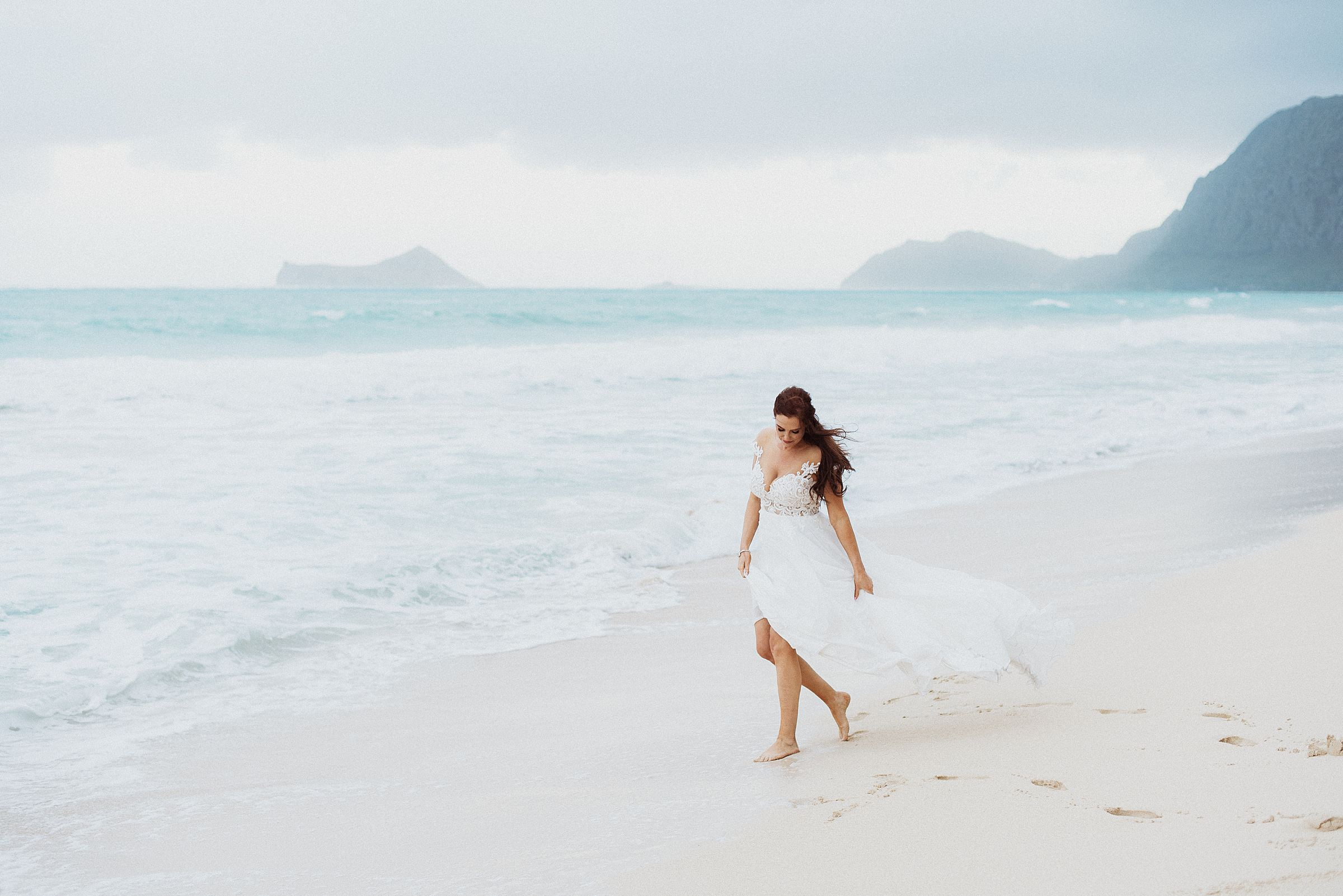 wedding bridals at Waimanalo Bay