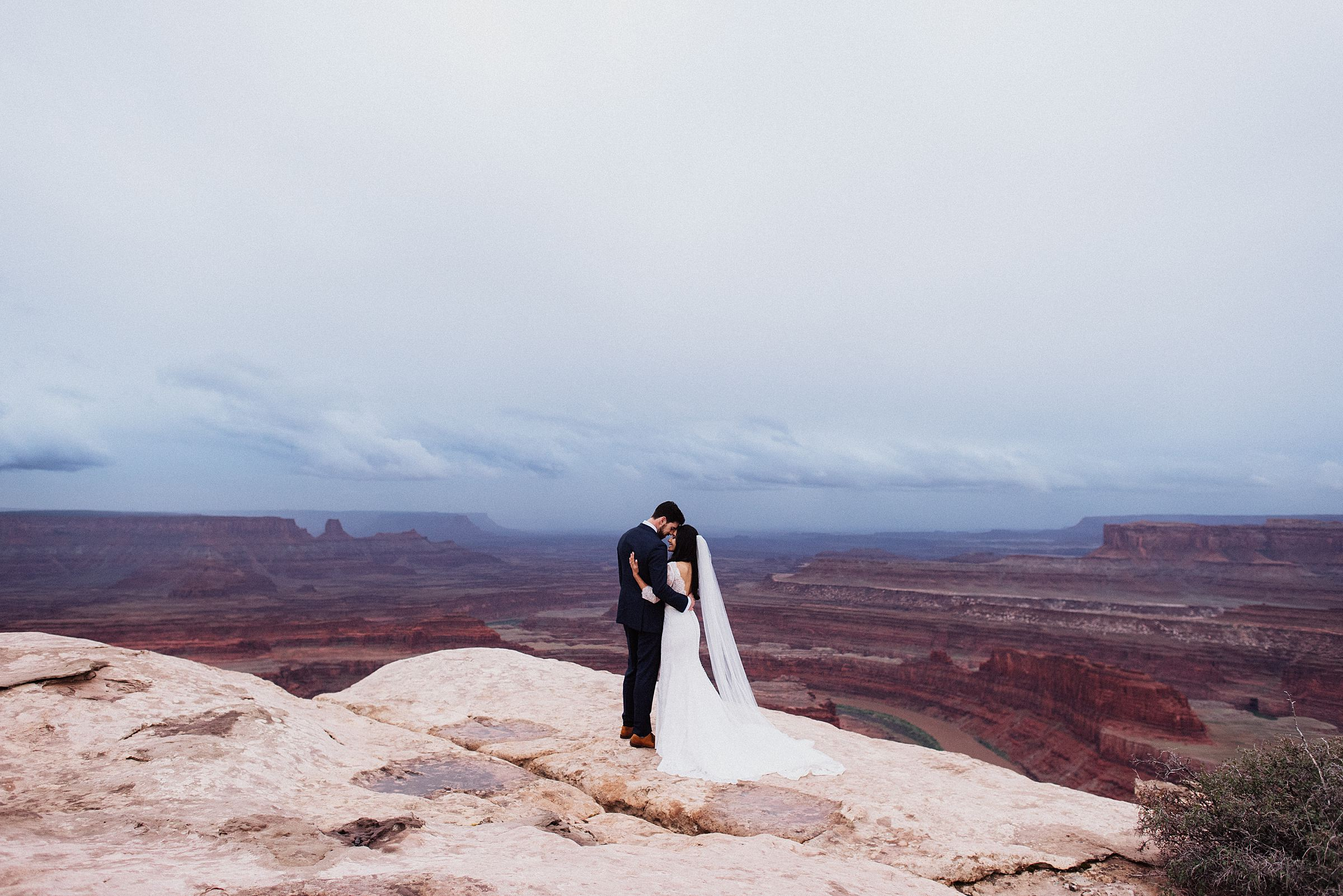 dead horse point elopement ceremony