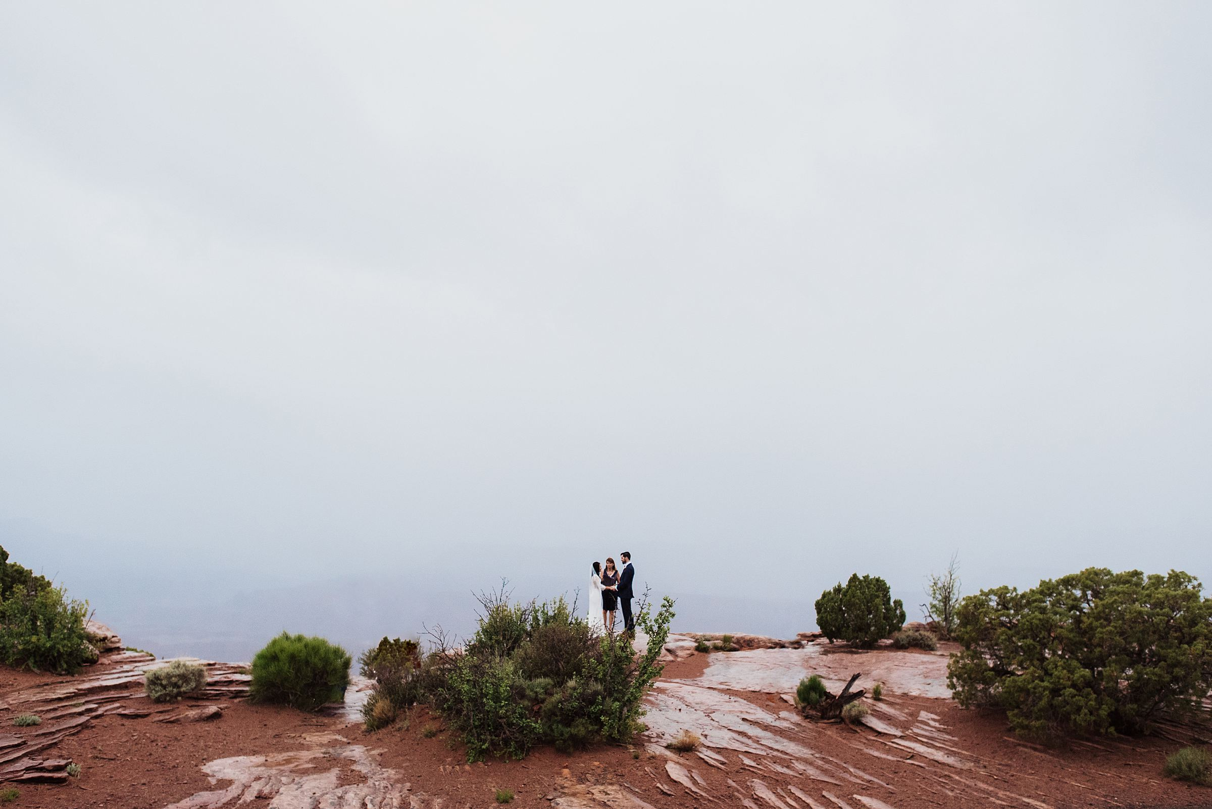 rainy dead horse point elopement
