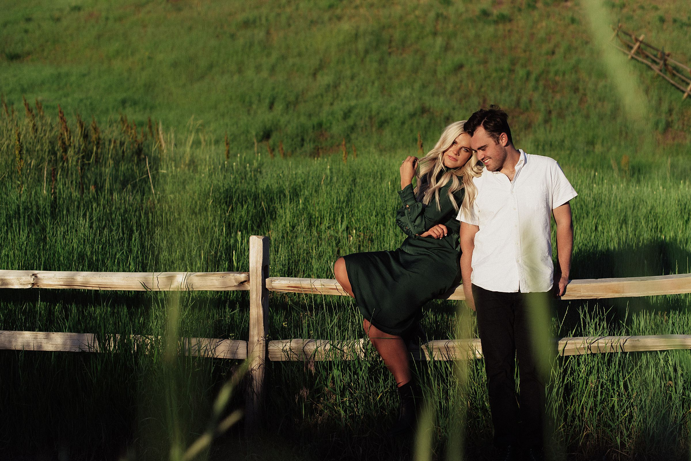 engagement session at tunnel springs park