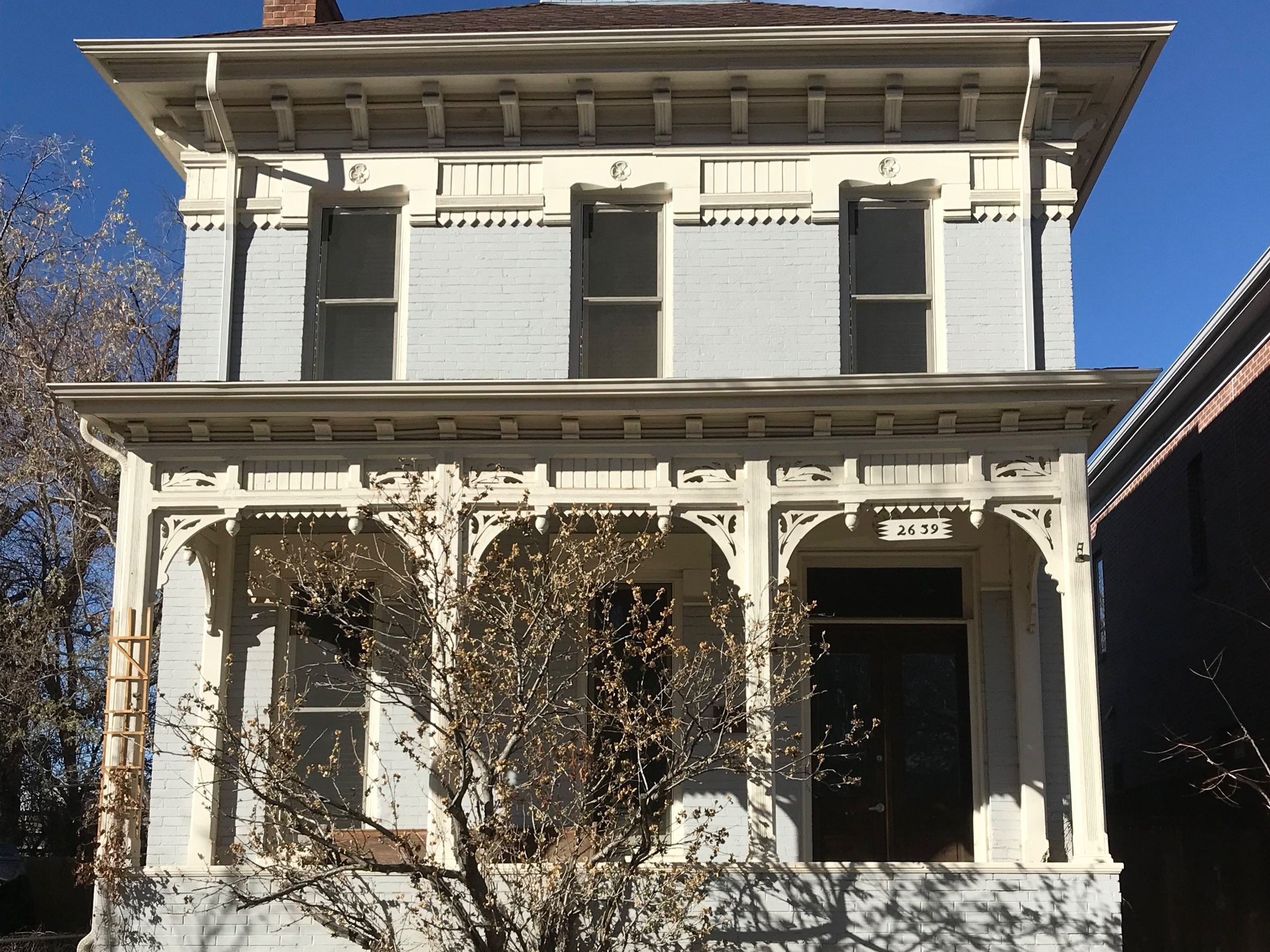 Italianate - In style in Curtis Park from its origins in the 1870s until about 1885.