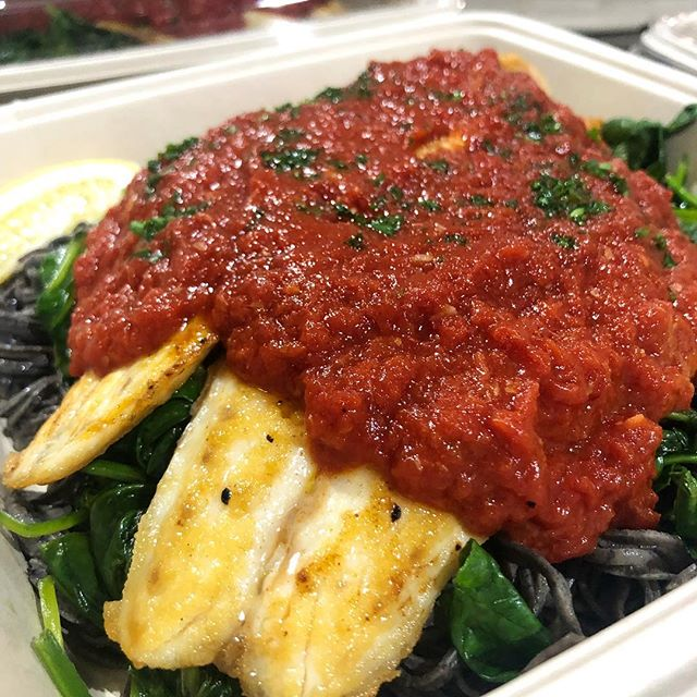 Pan Seared Barramundi with Garlic Tomato Sauce, Spinach and Black Bean Pasta #miami #miamibeach #innerfueled #innerfuelyourself #cleaneats #fit #fresh #delivery #coconutgrove #brickell #wynwood #coralgables #yumyumyum #fitlifestyle #lifestyle #miamifoodporn #miamifoodie #madefromscratch #healthy #chef #organic #paleo #glutenfree #fortlauderdale #foodporn #plantbased #southbeach #northbeach #designdistrict
