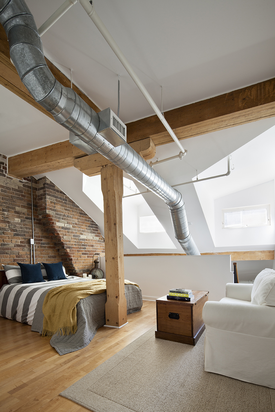 Bedroom1-002_final.jpg