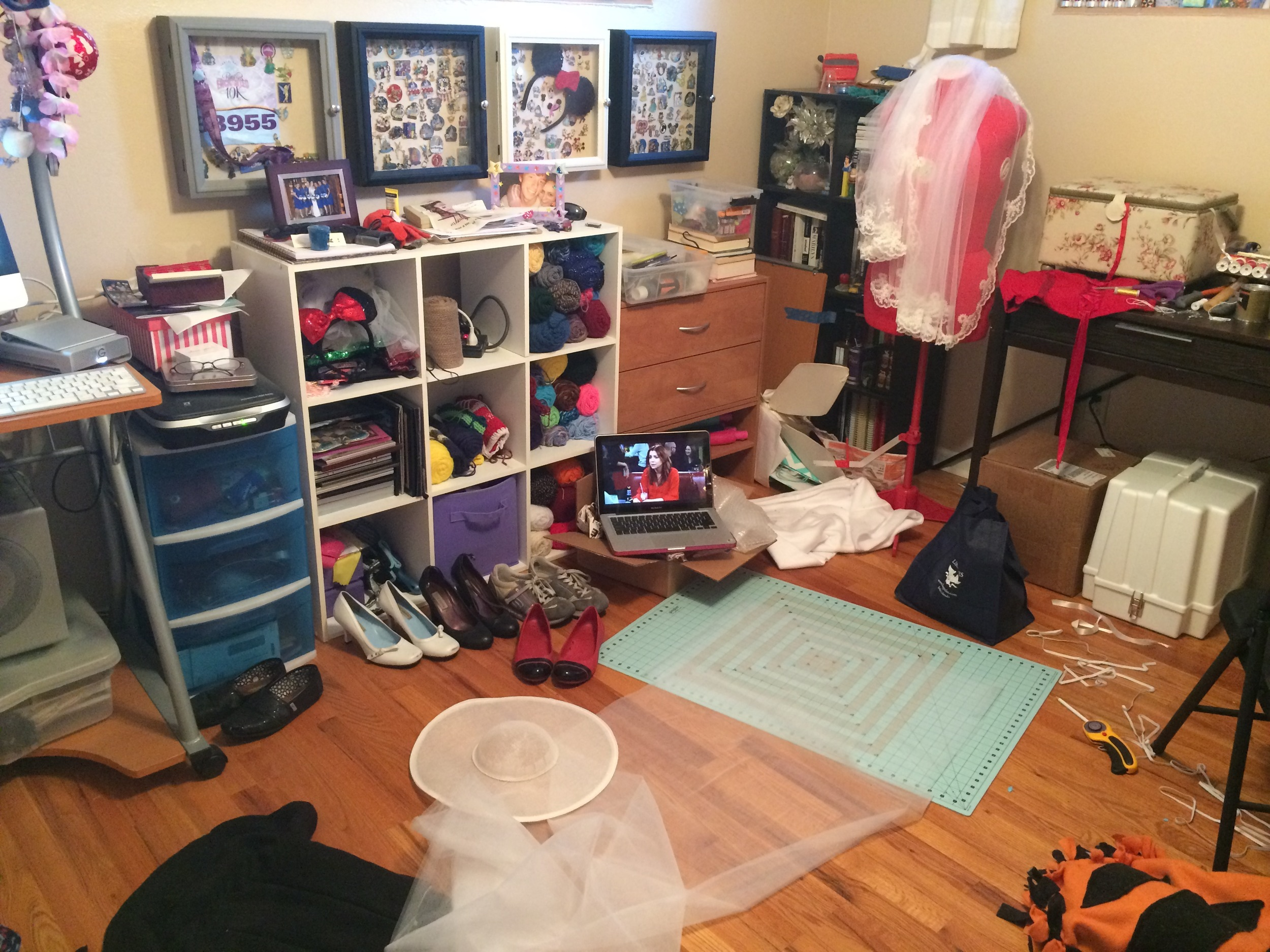 This is what my craft room has looked like for a while now... Several unfinished projects inevitably makes a mess