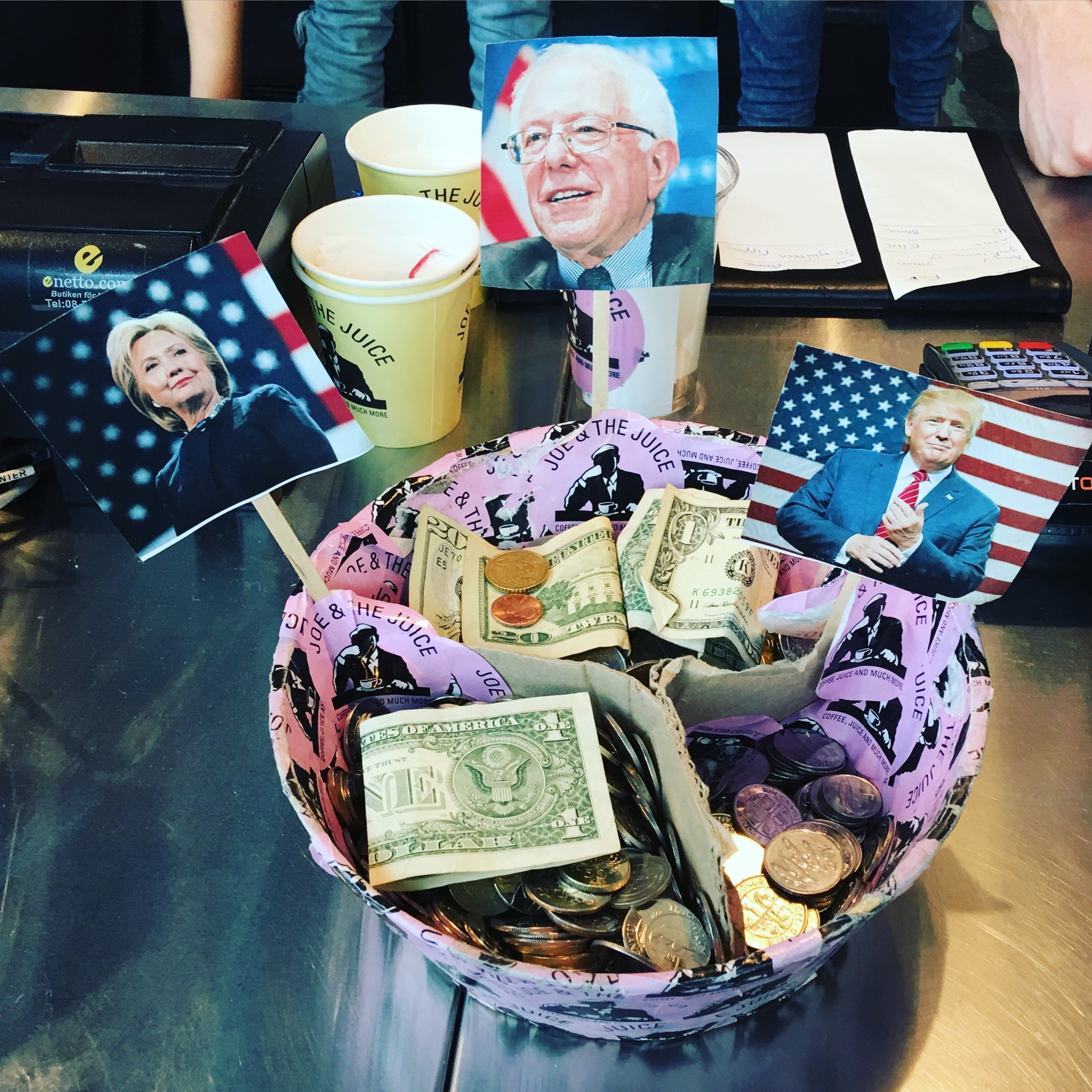 Tip jar at the Airport  cafe😂