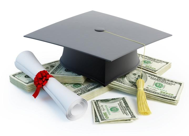 https://www.cfsarasota.org/bReceivebgrantsscholarships/Scholarships.aspx