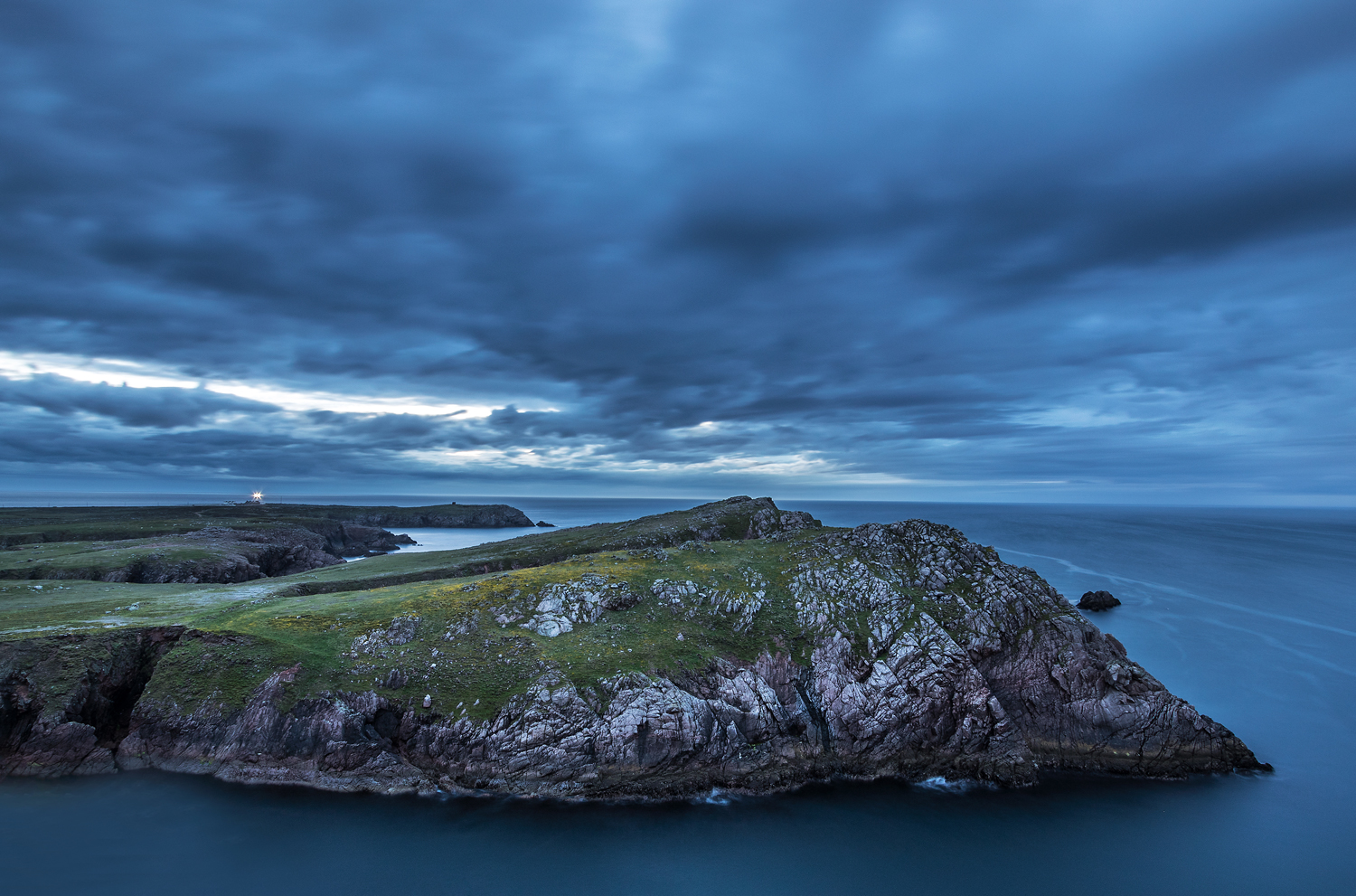 Midnight at Mearnaid Rock.