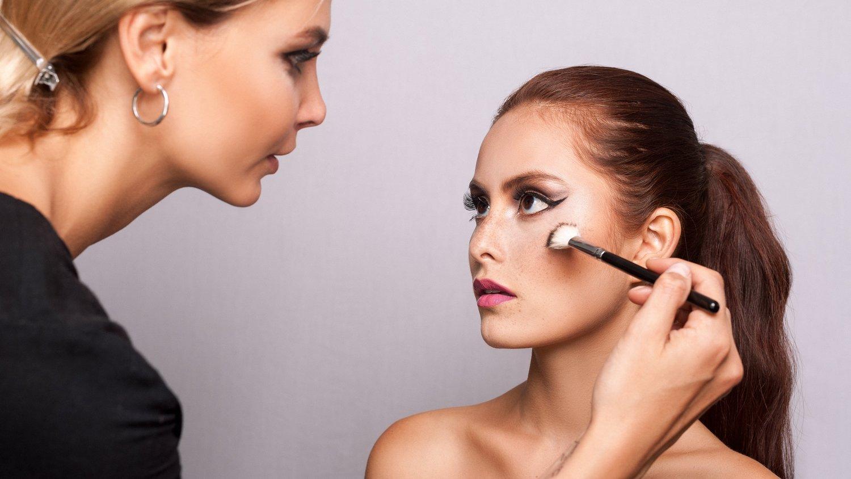 Portfolio Building For Makeup Artists