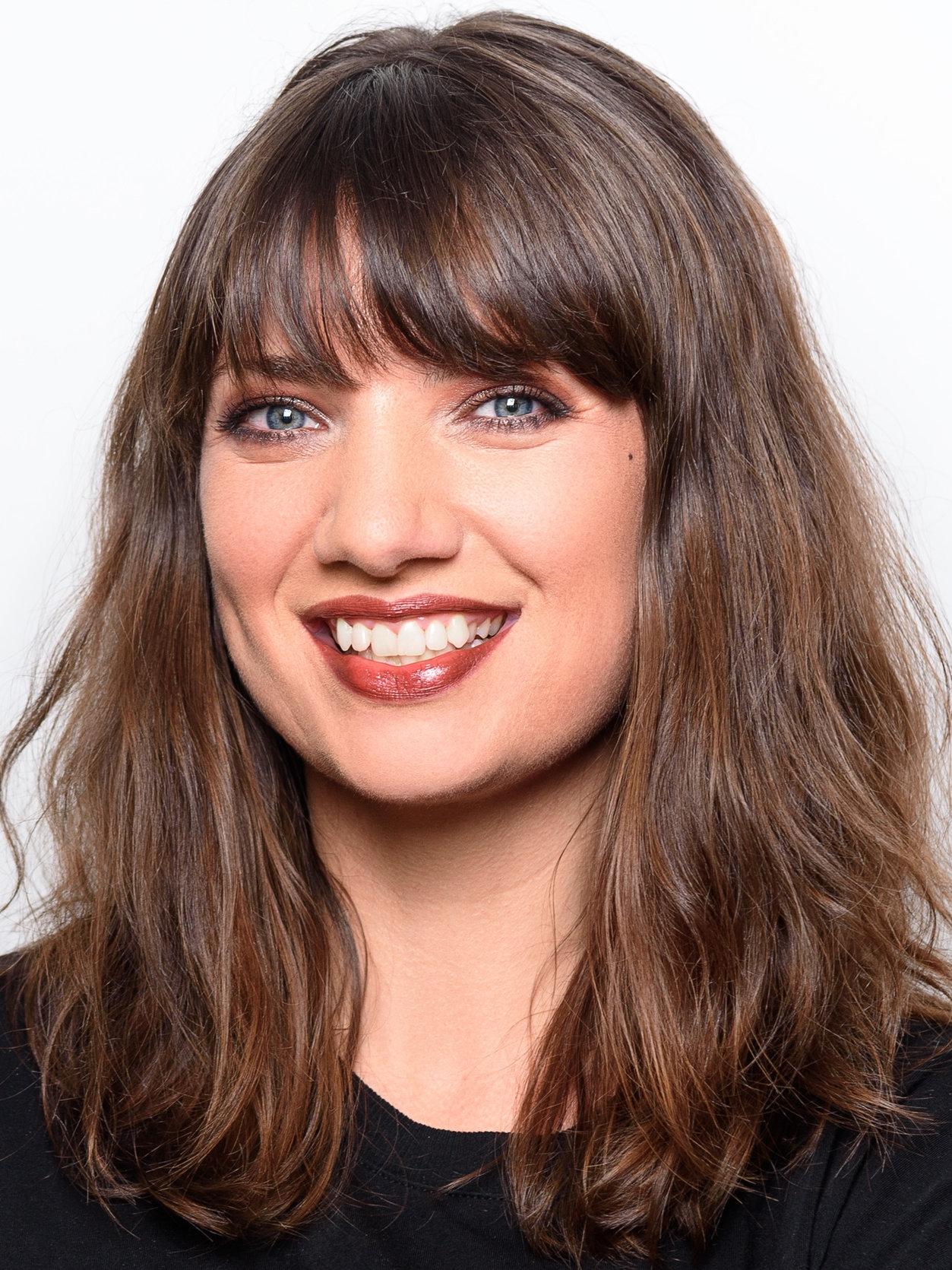 ames-amore-ray-makeup-artist-educator.jpg