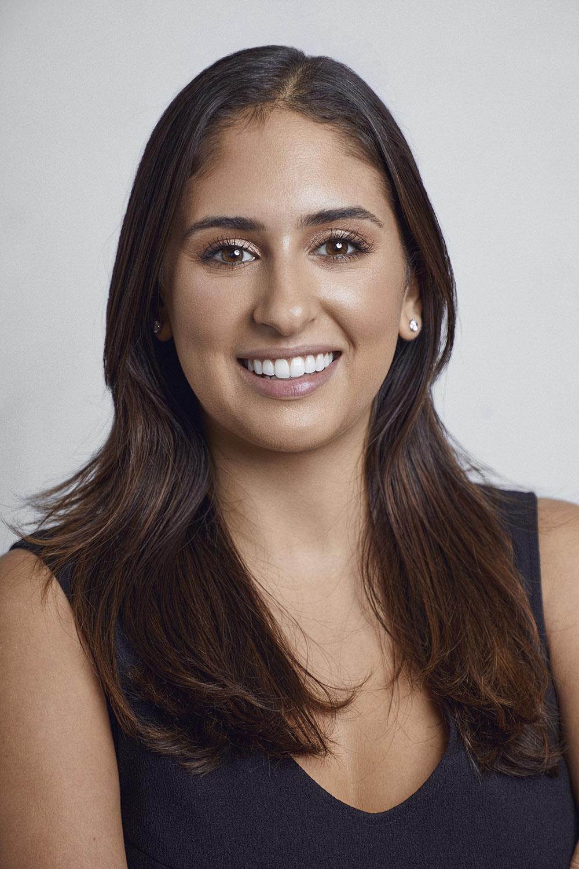 dara-levitan-lead-makeup-instructor.jpg