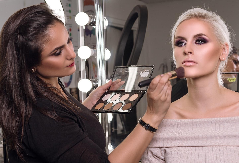 How To Become A Successful Makeup Artist Nina Mua