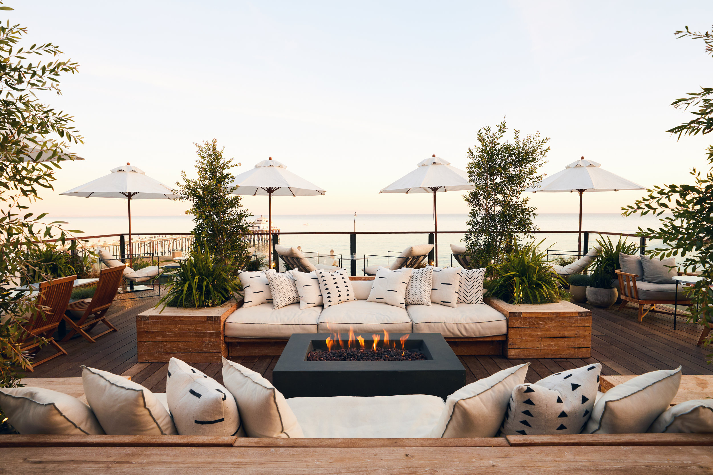 The Surfrider rooftop restaurant and bar.