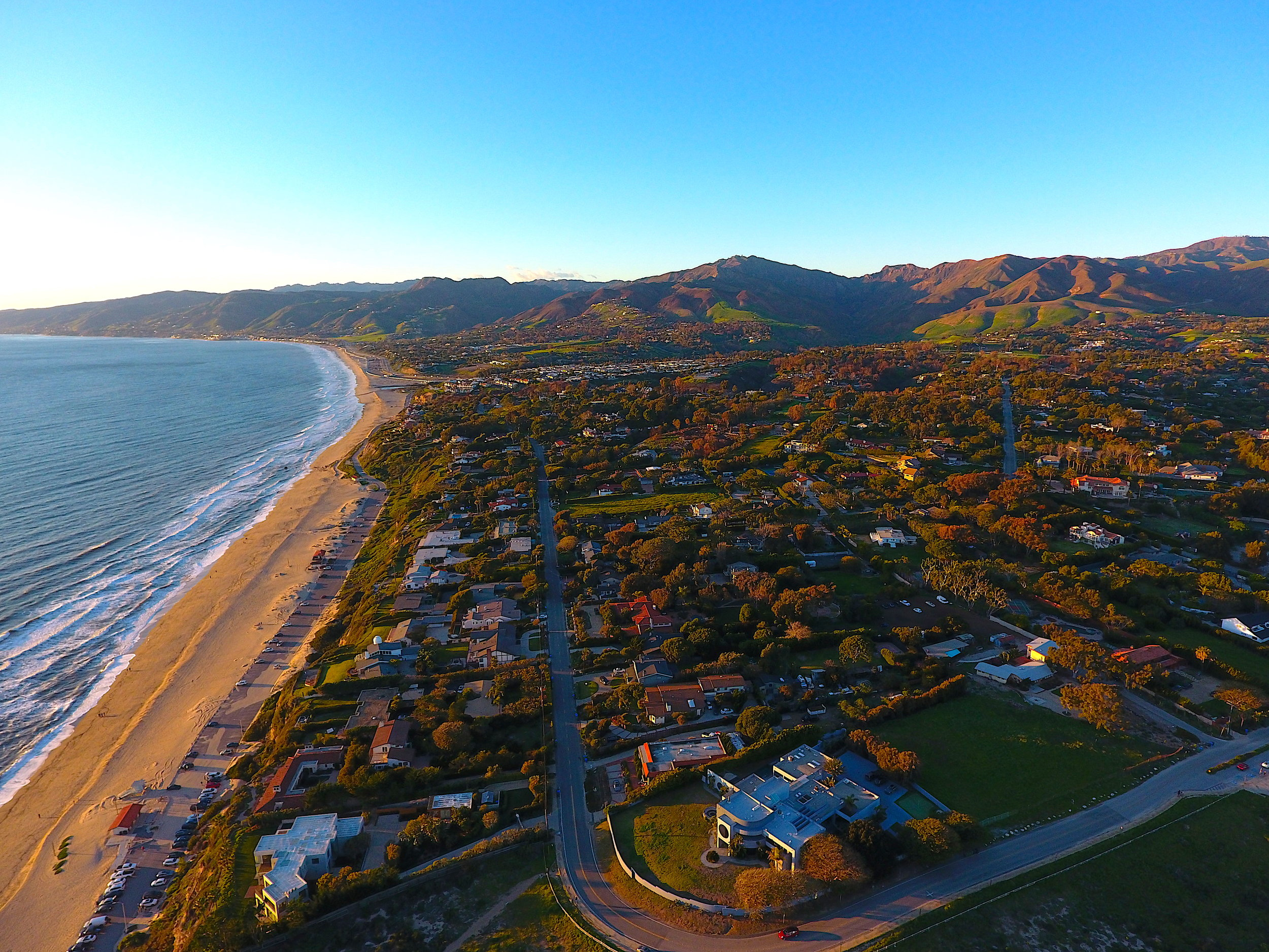 One of the most expensive real estate markets in Malibu, Point Dume is largely comprised of larger homes, including some of Malibu's most exclusive ocean-abutting properties.