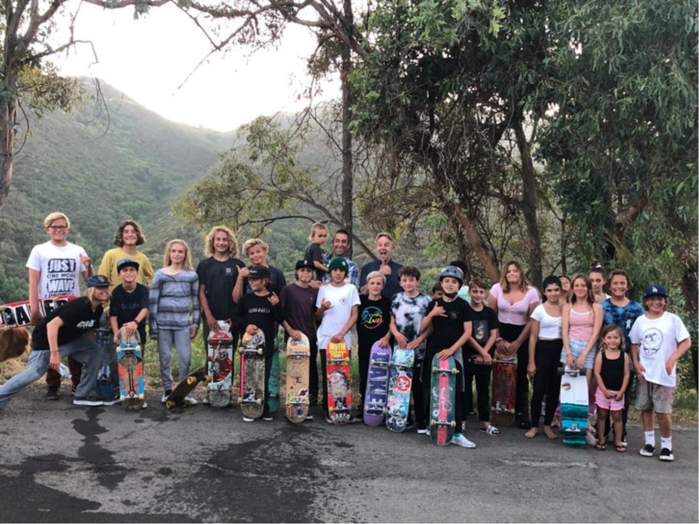Kids gather in support of the skatepark. Photo taken by Dajana Mitchell