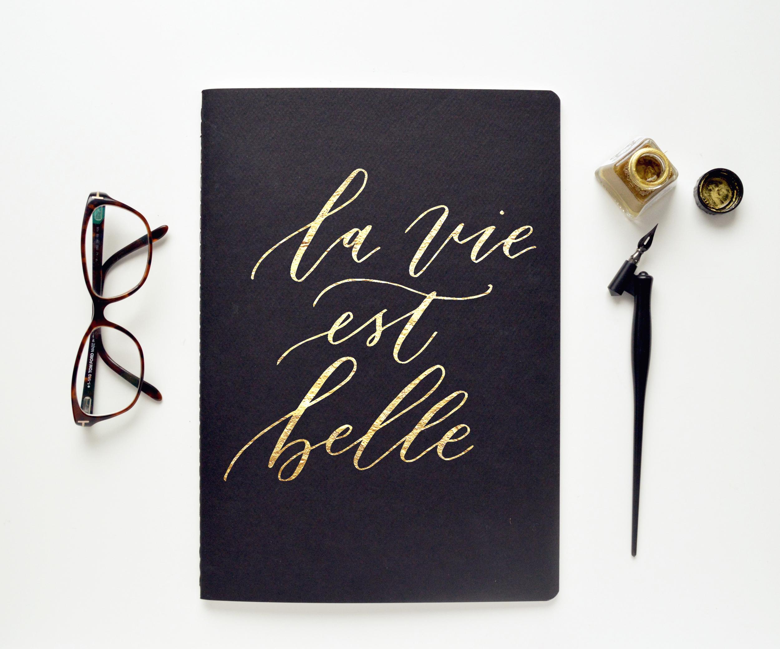 016_La_Vie-Est_Belle.jpg