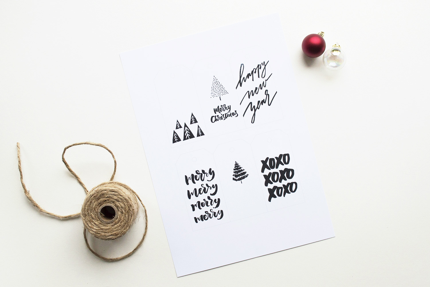 Download free printable Christmas Tags by Type and Graphics Lab | For personal use only | ©typeandgraphicslab.com