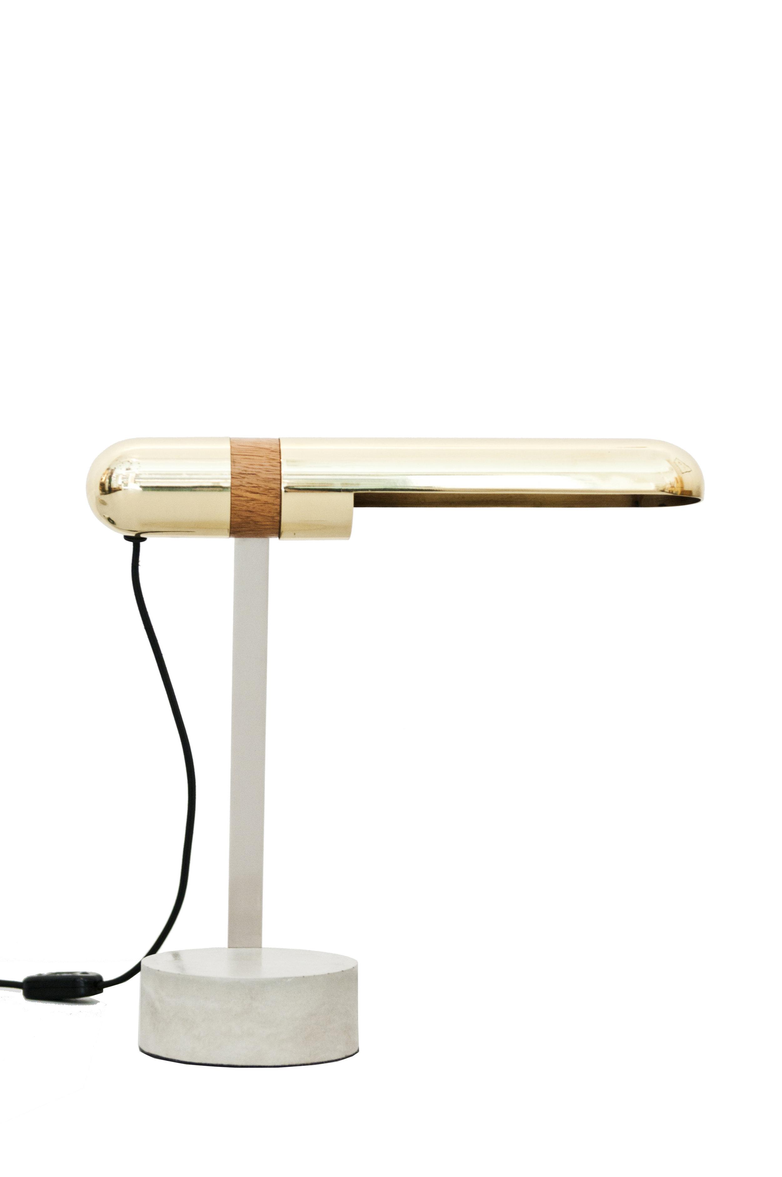 PlantandMoss_Akita_Desk_Lamp_DE.jpg