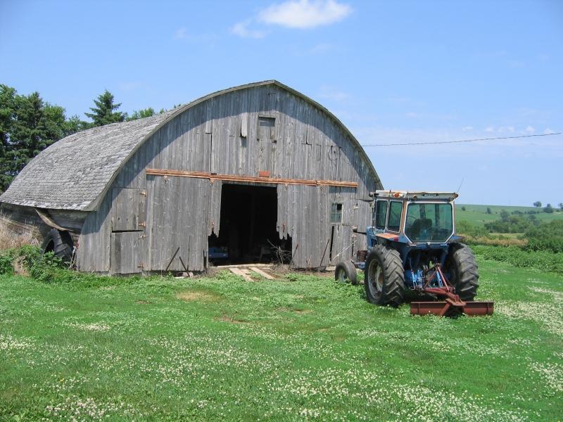 brayton barn-older.jpg
