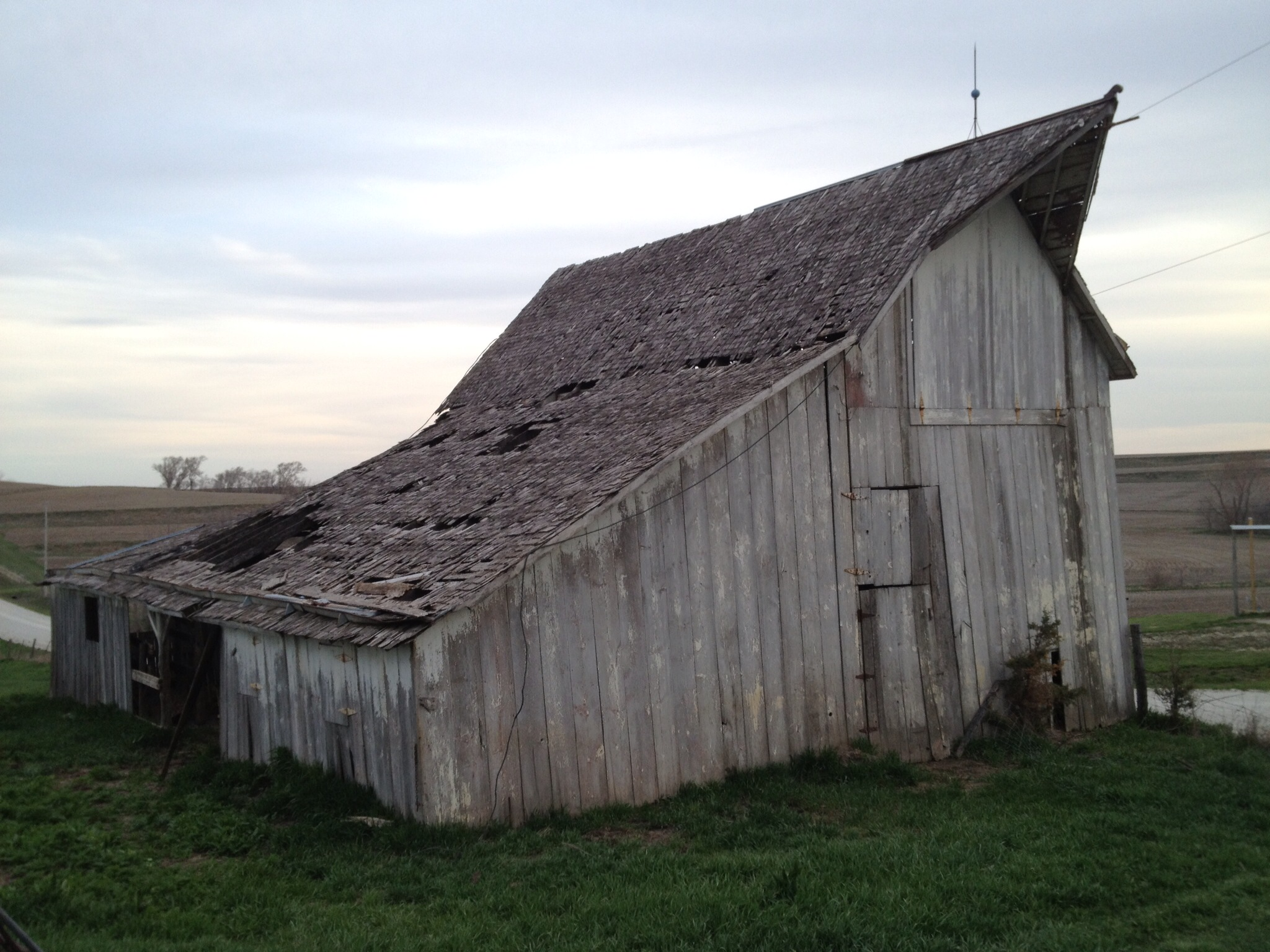 Underwood IA barn 2.JPG