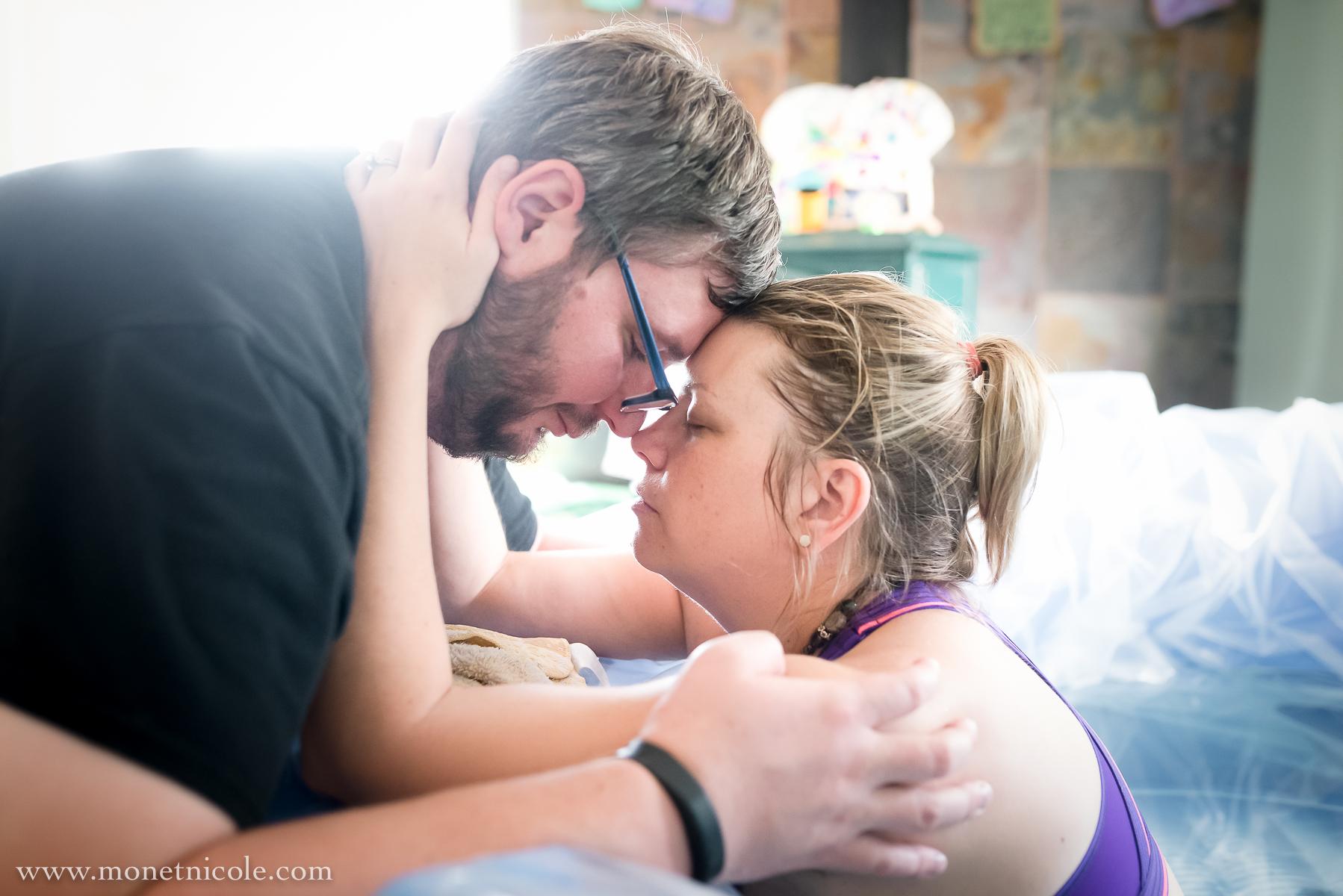 denver-homebirth-photography-love-support