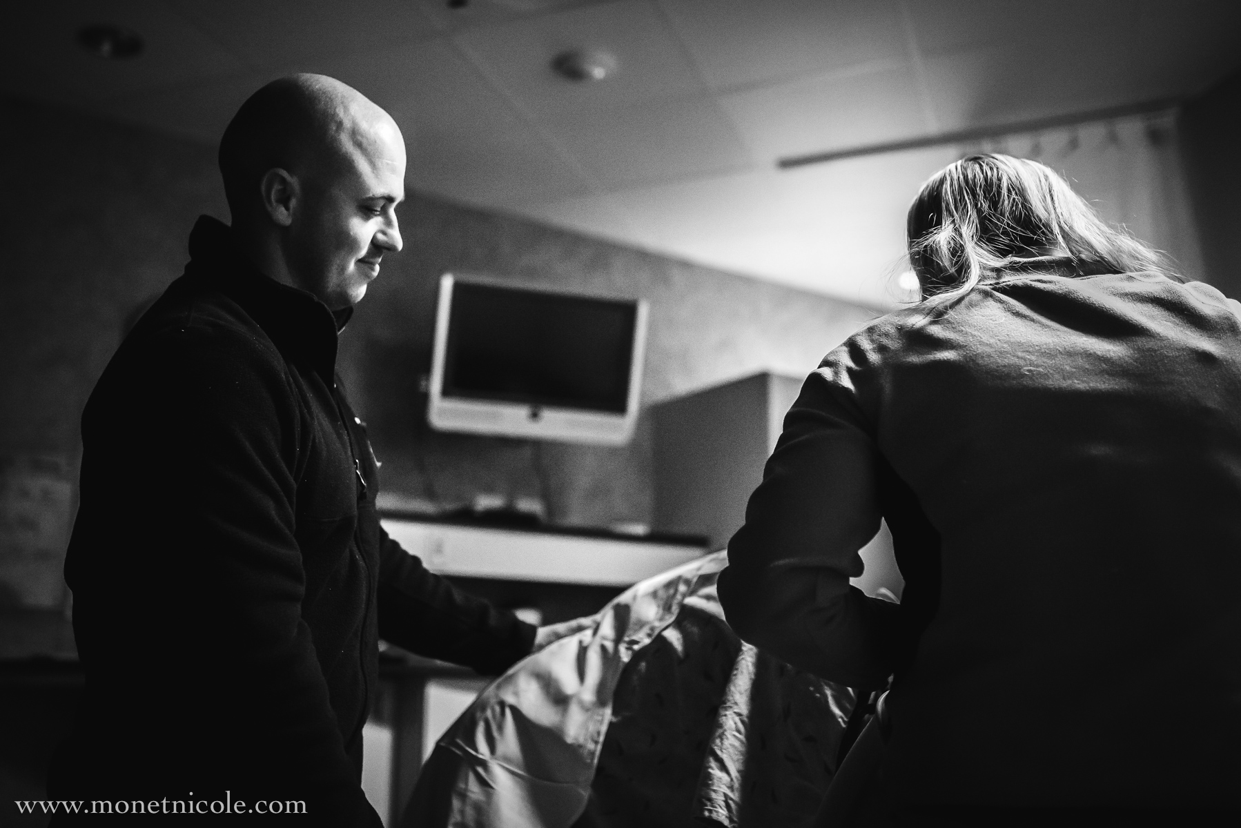 Denver-birth-photography-hypnobirthing-husband-support