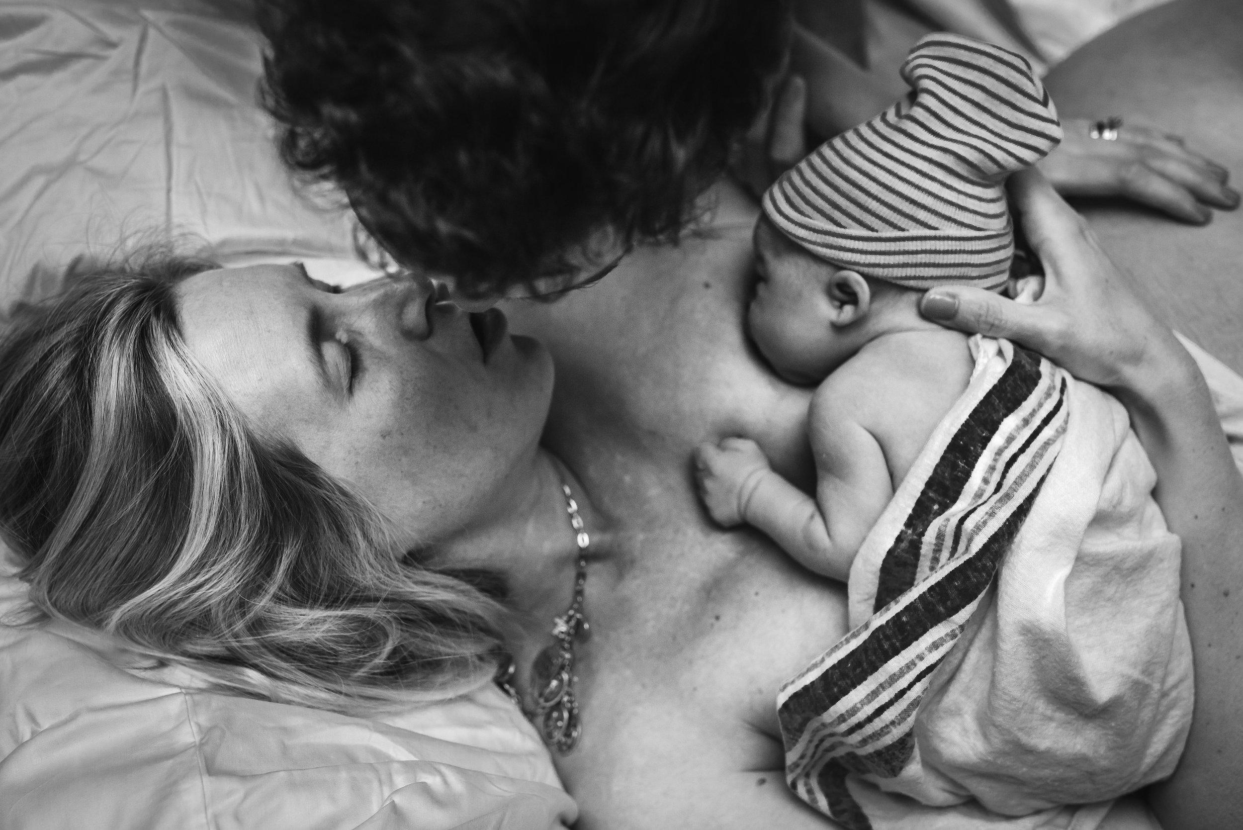 breastfeeding-images-birth-photography-denver-center-for-birth