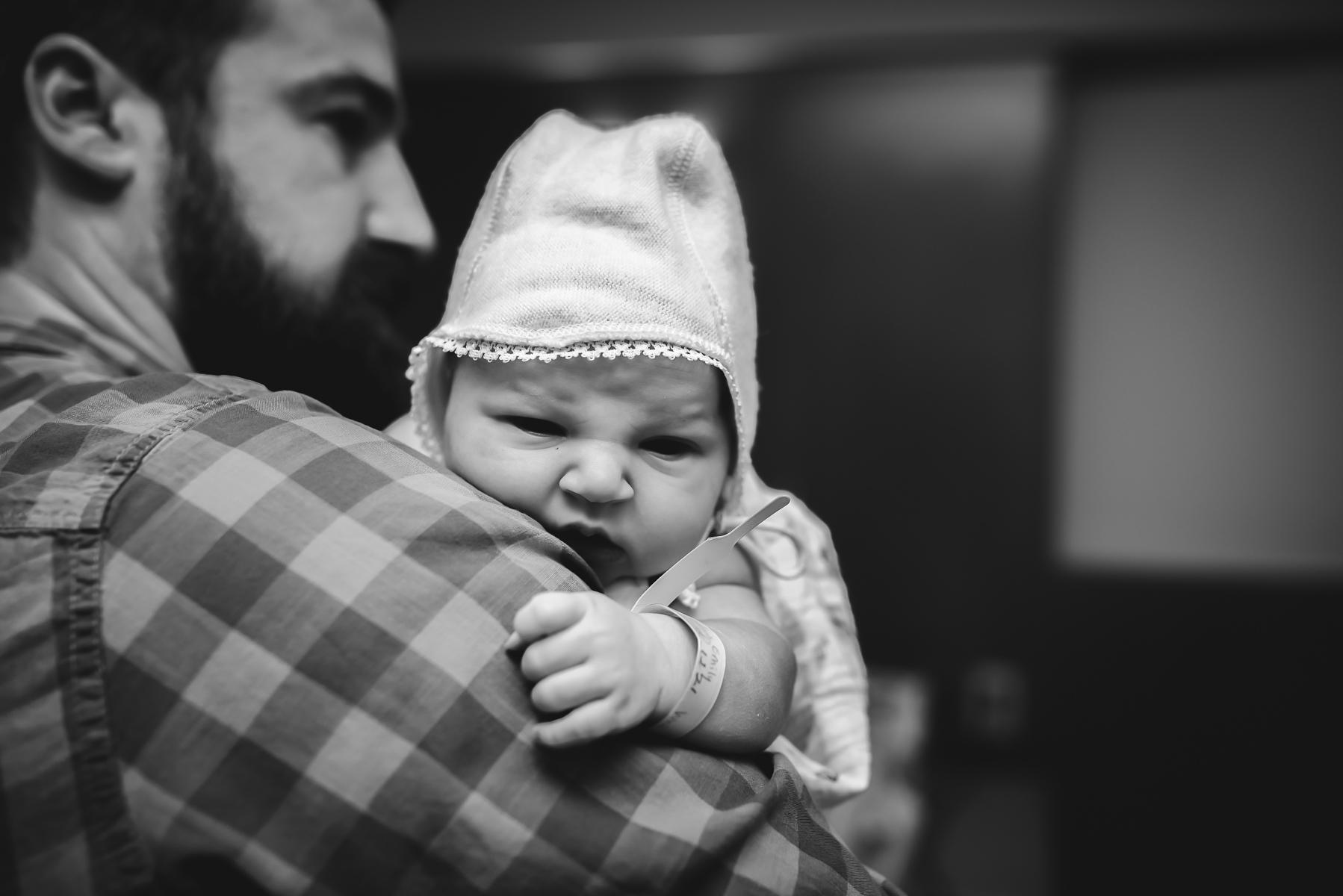 denver-cesarean-birth-photography-dad-holds