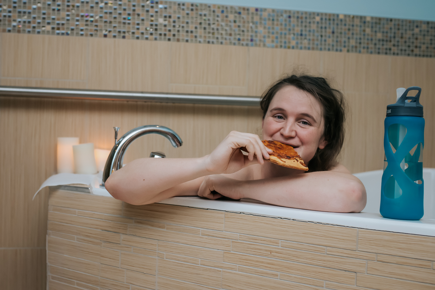 Mom-Enjoys-Pizza-Birth-Center-Denver