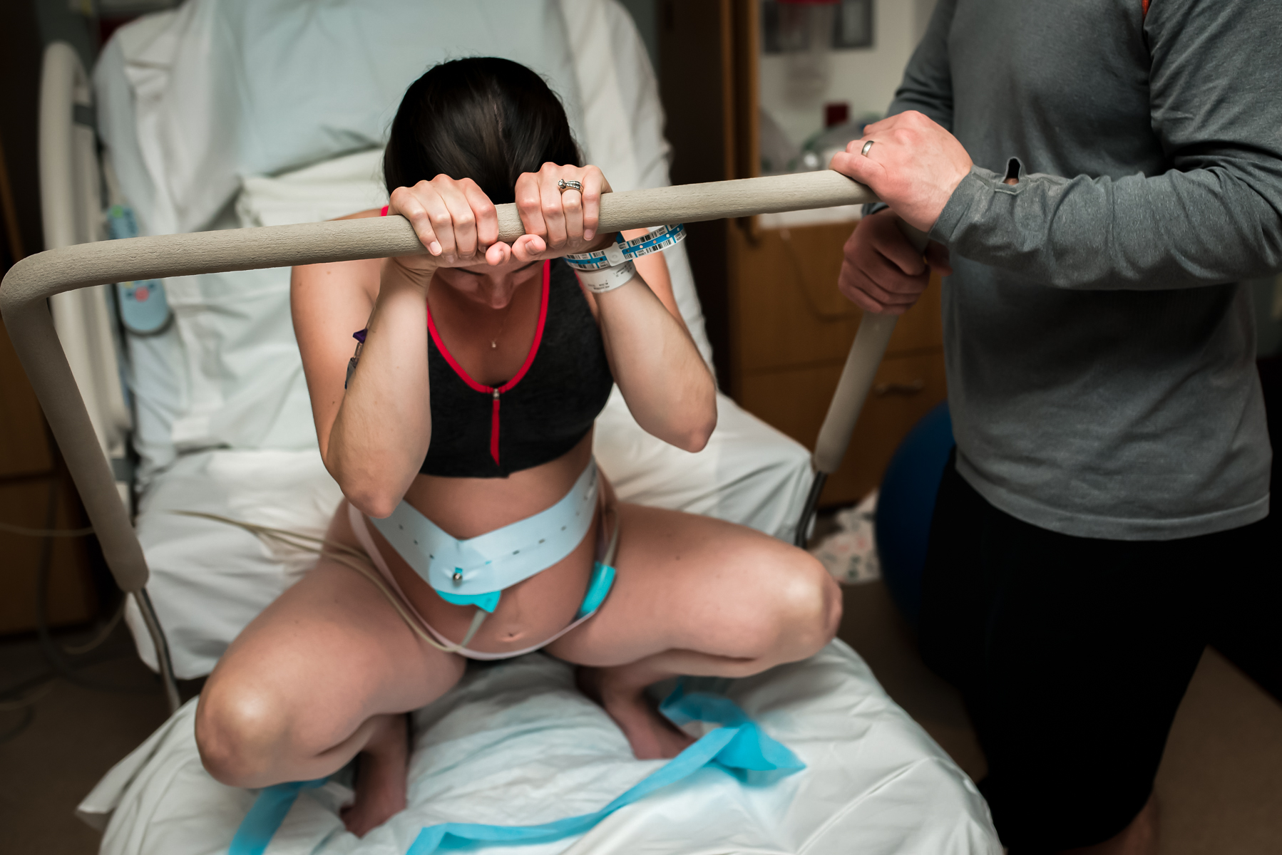 Denver-Birth-Photographer-Vaginal-Breech-Squat