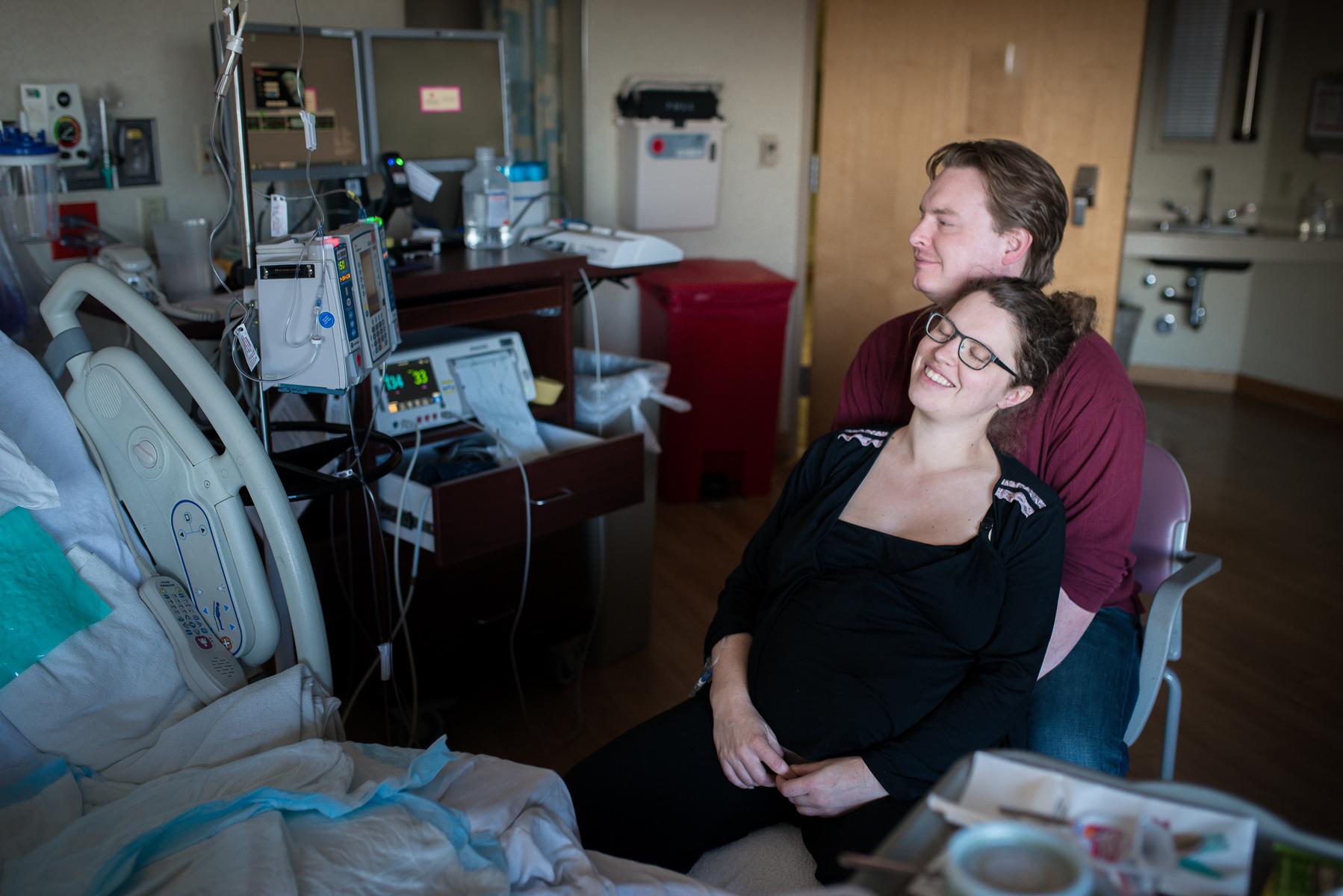 Denver-Birth-Photographer-Monet-Nicole-University-Labor